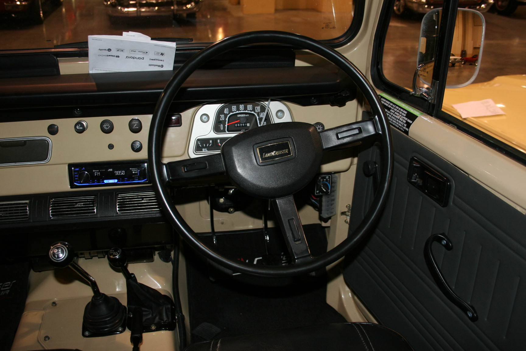 13th Image of a 1982 TOYOTA LANDCRUISER