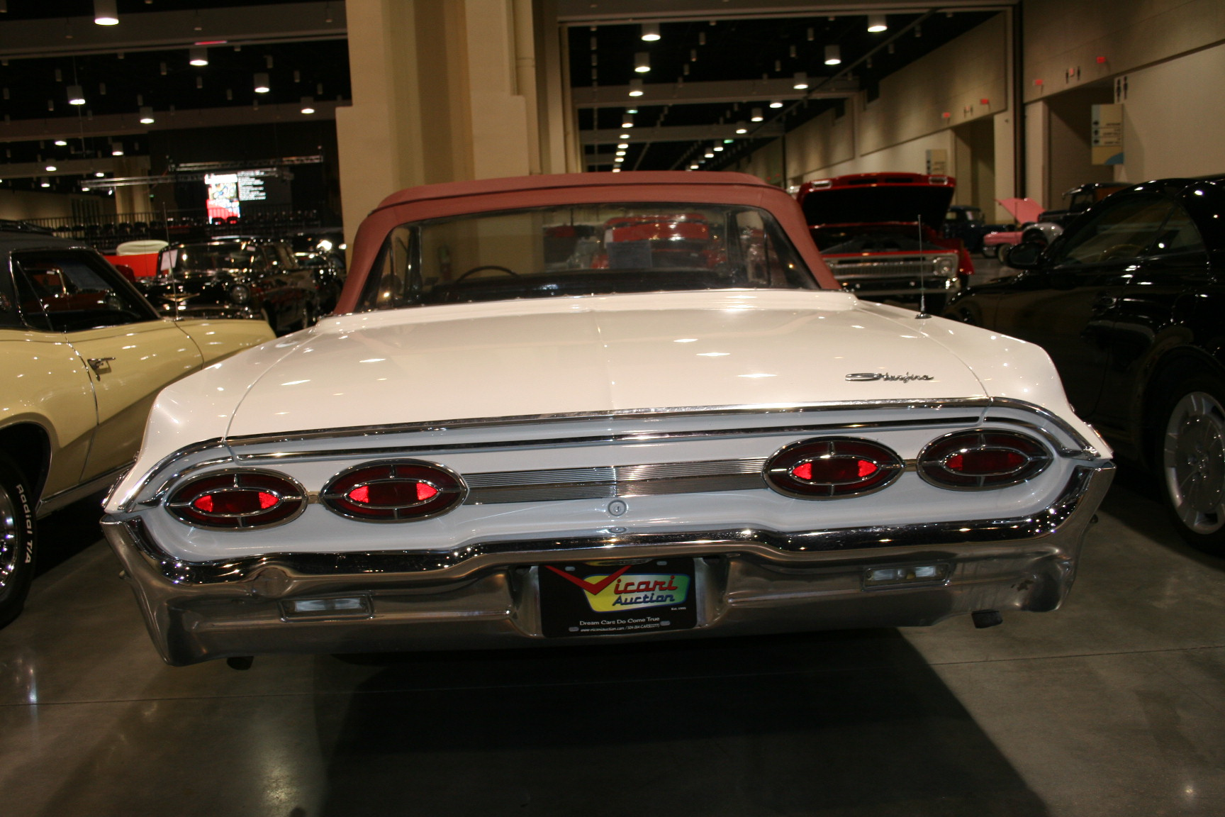 3rd Image of a 1962 OLDSMOBILE STARFIRE