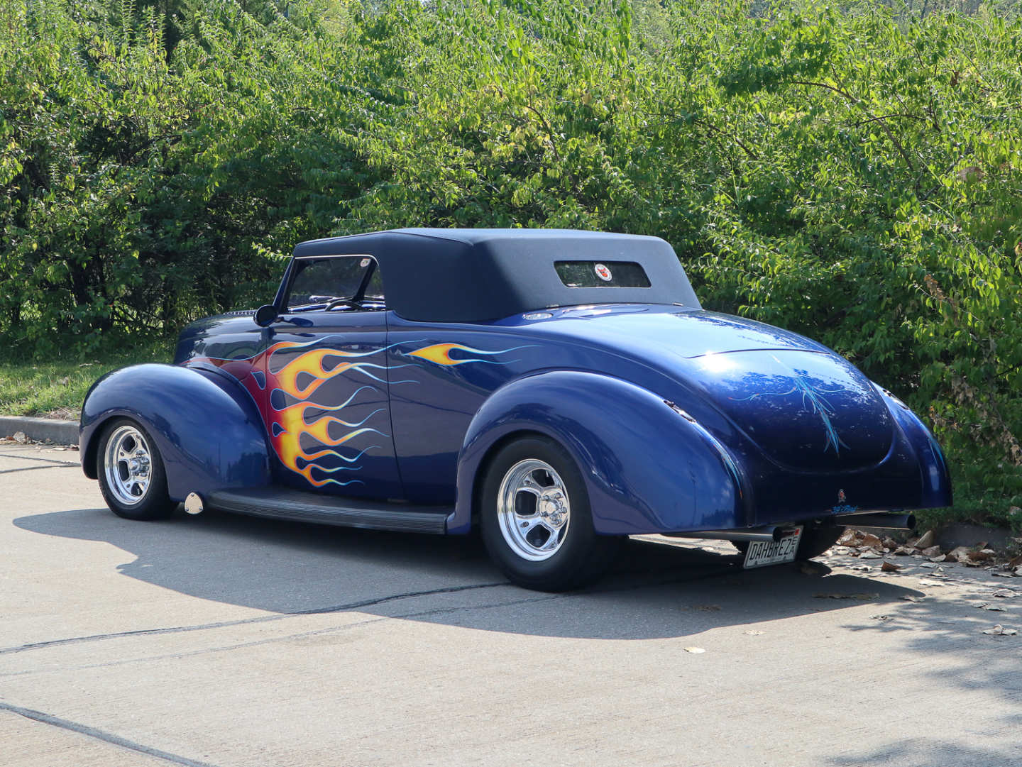 2nd Image of a 1939 FORD TUDOR