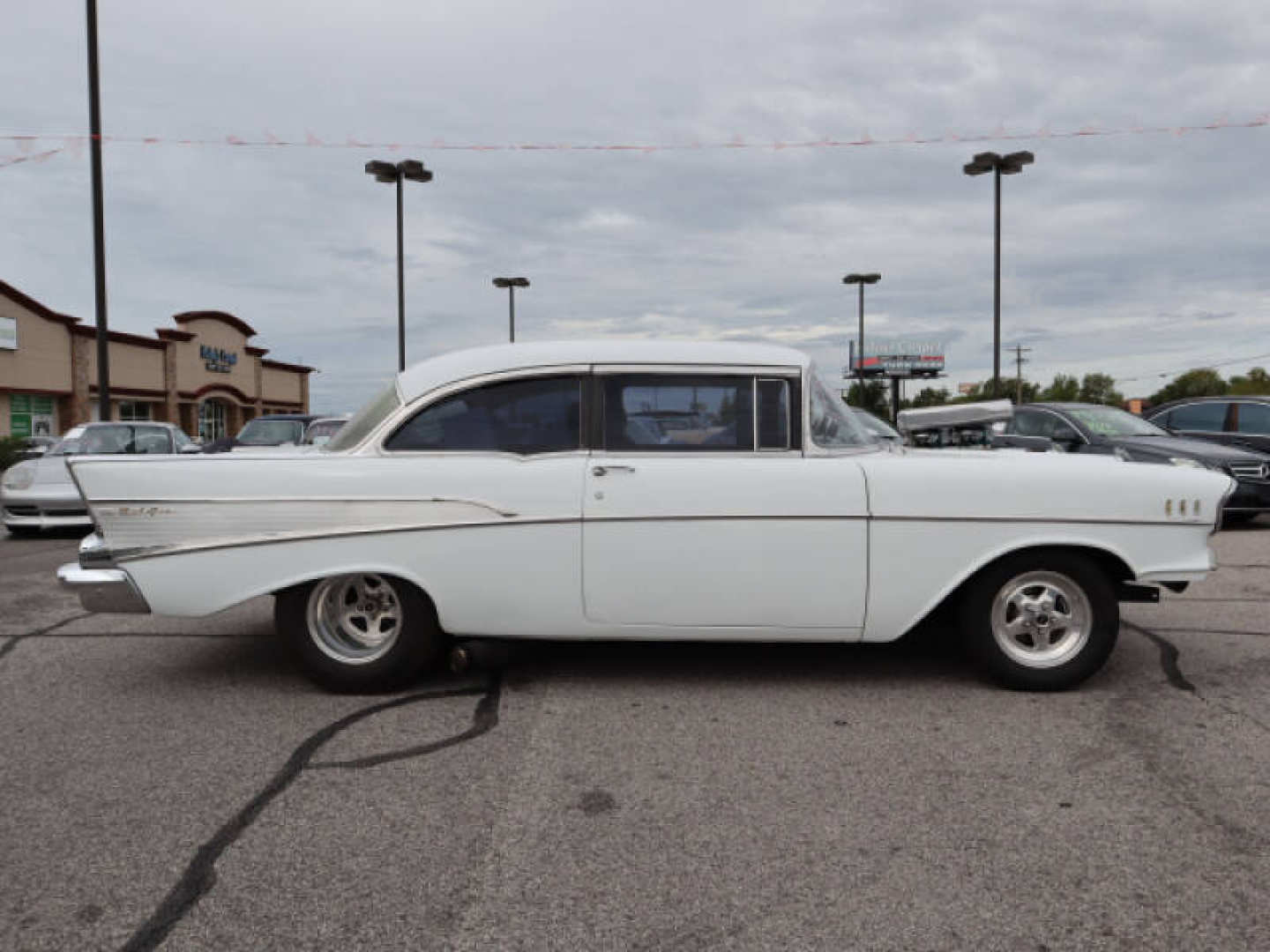 11th Image of a 1957 CHEVROLET BELAIR