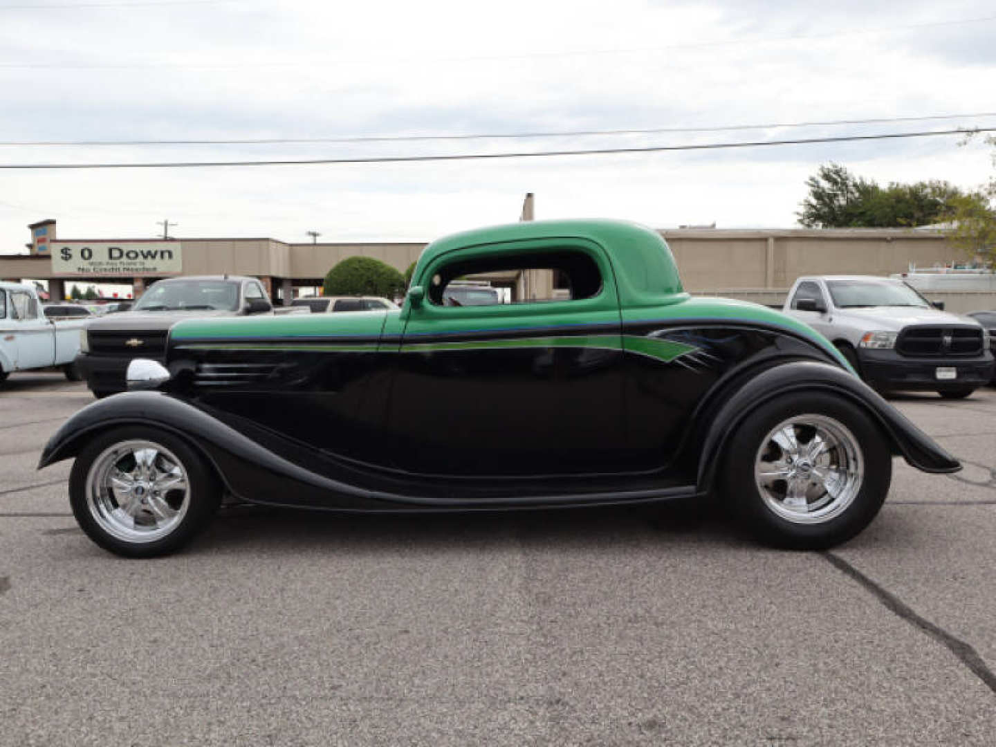 9th Image of a 1933 FORD COUPE