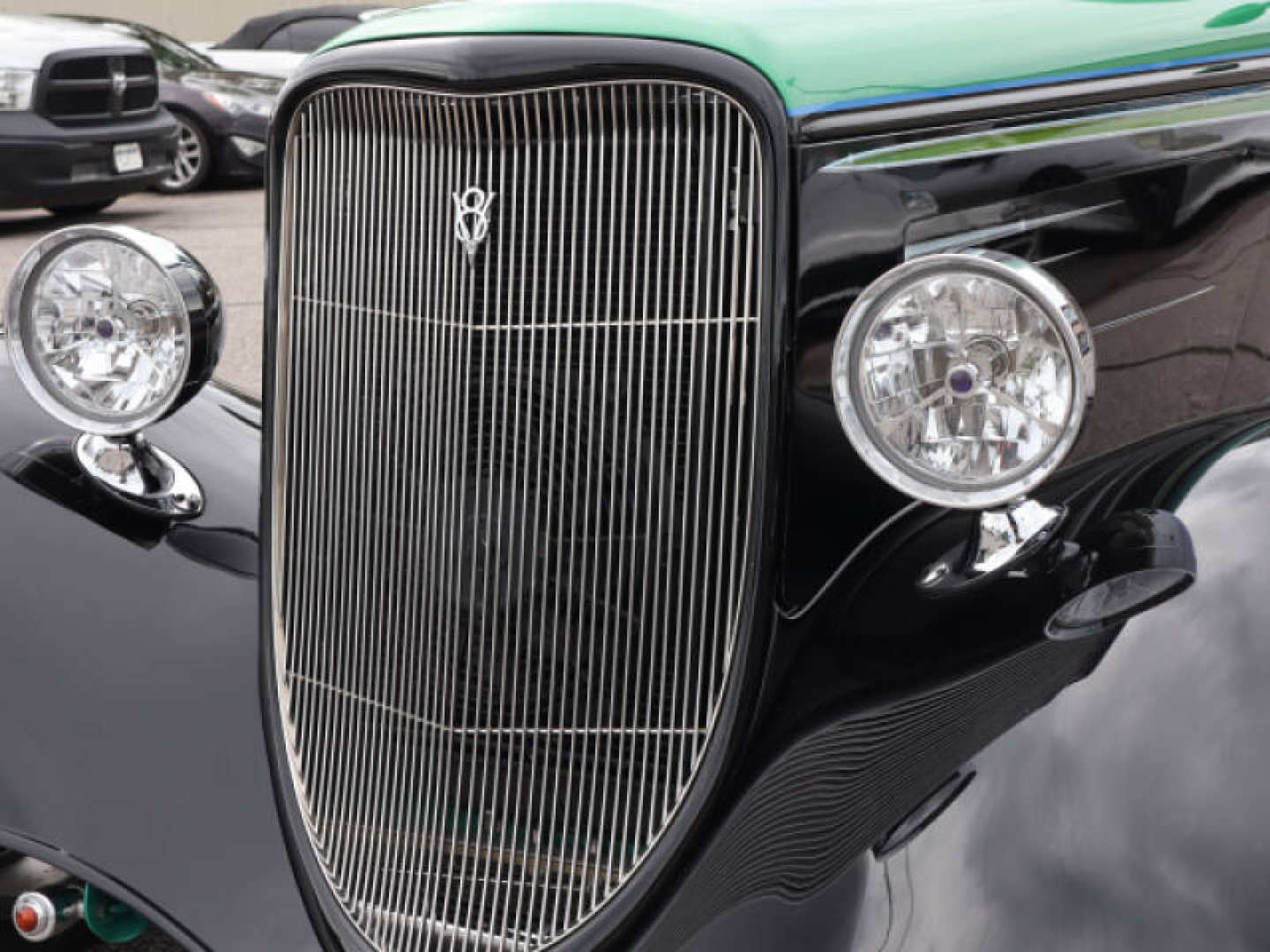 5th Image of a 1933 FORD COUPE