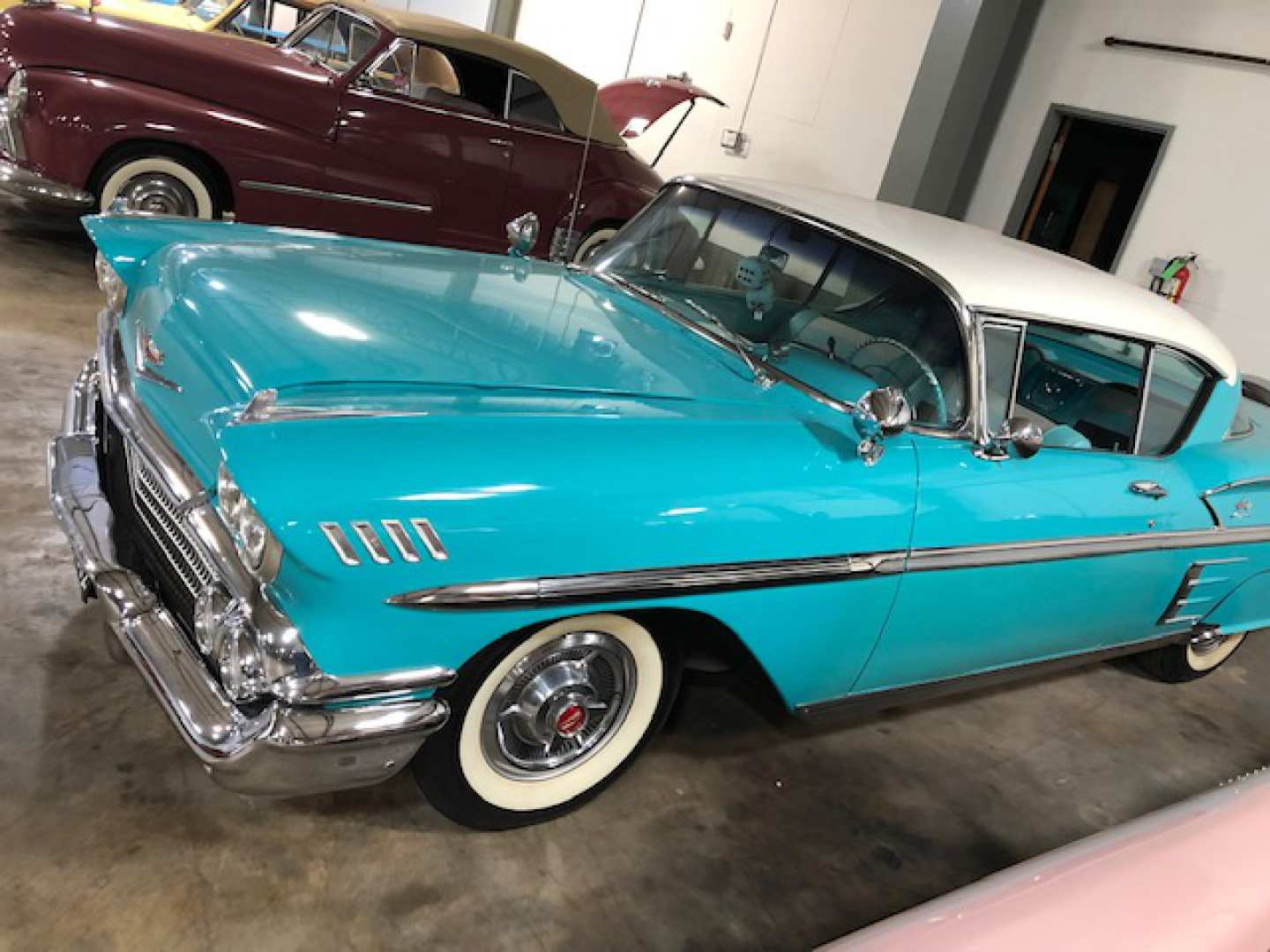5th Image of a 1958 CHEVROLET IMPALA