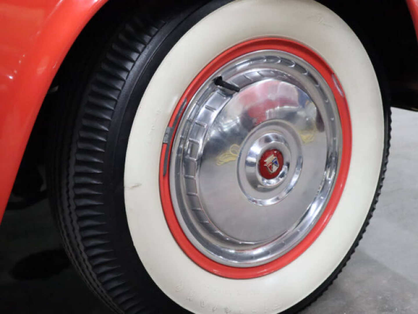 13th Image of a 1956 FORD THUNDERBIRD