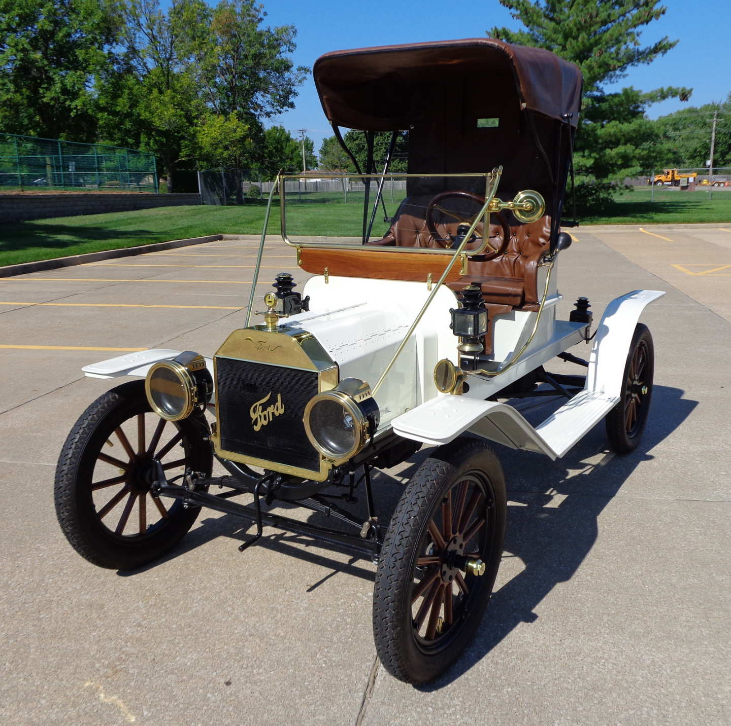 1st Image of a 1910 FORD MODEL T