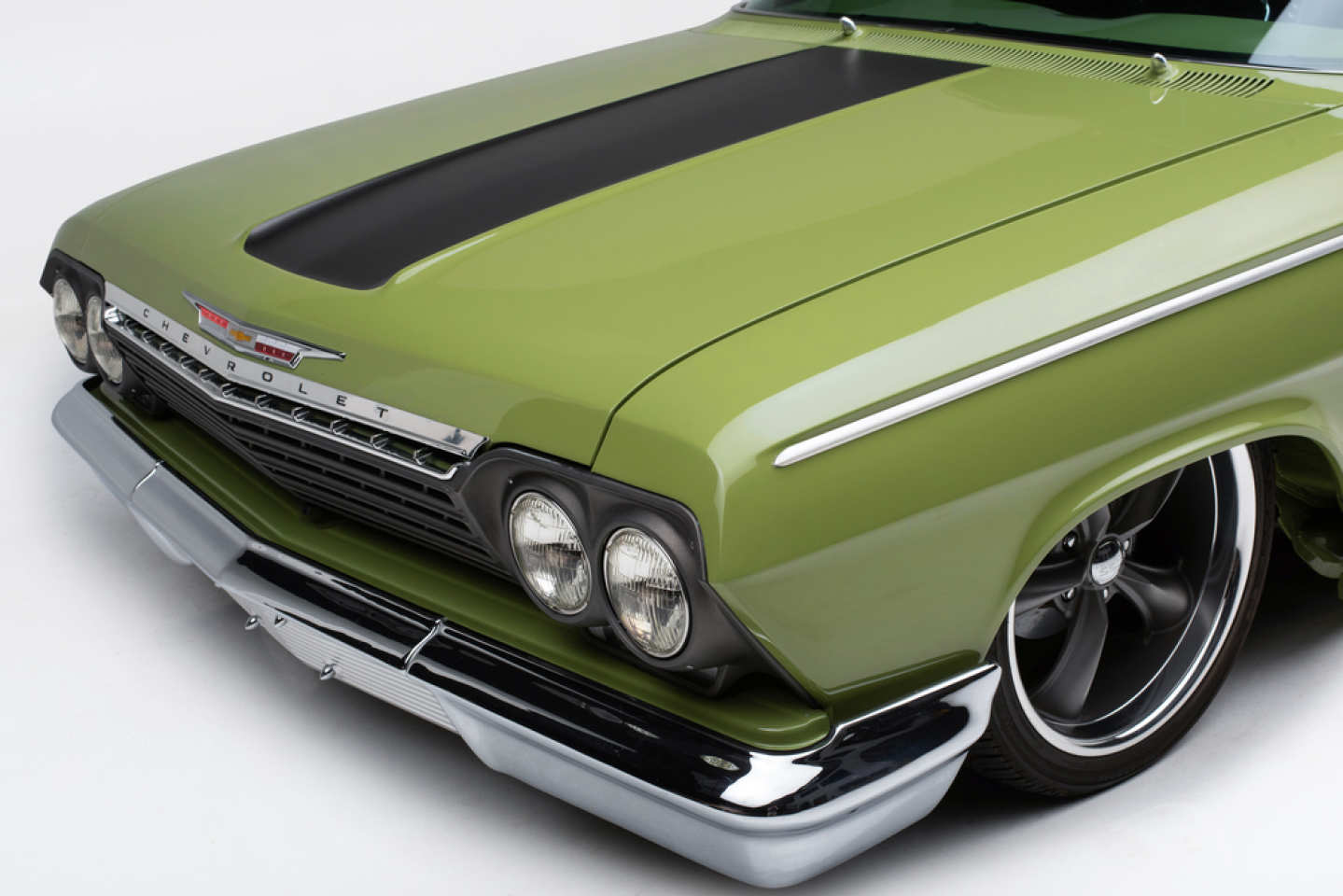 3rd Image of a 1962 CHEVROLET BISCAYNE