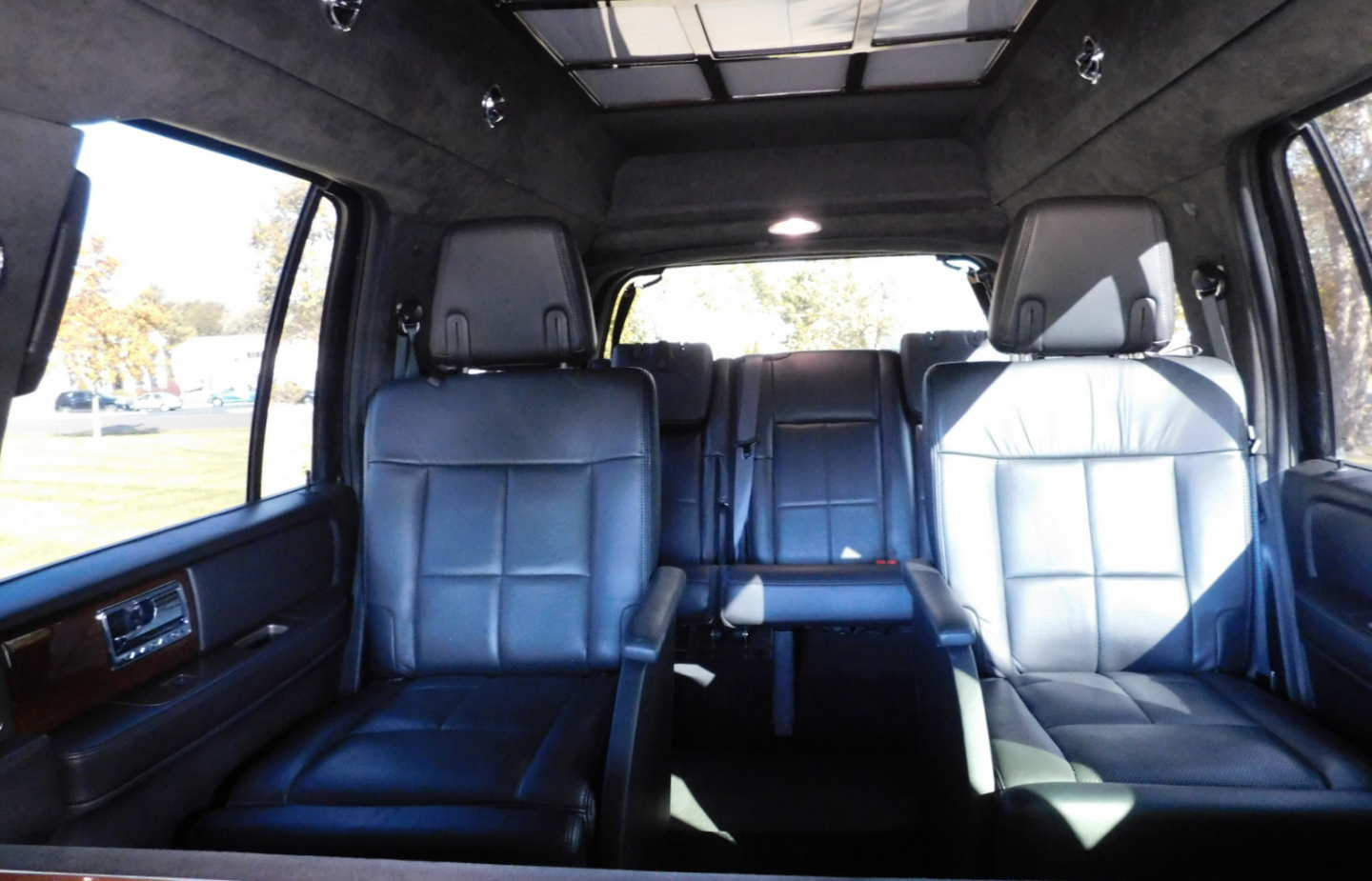 14th Image of a 2014 LINCOLN NAVIGATOR