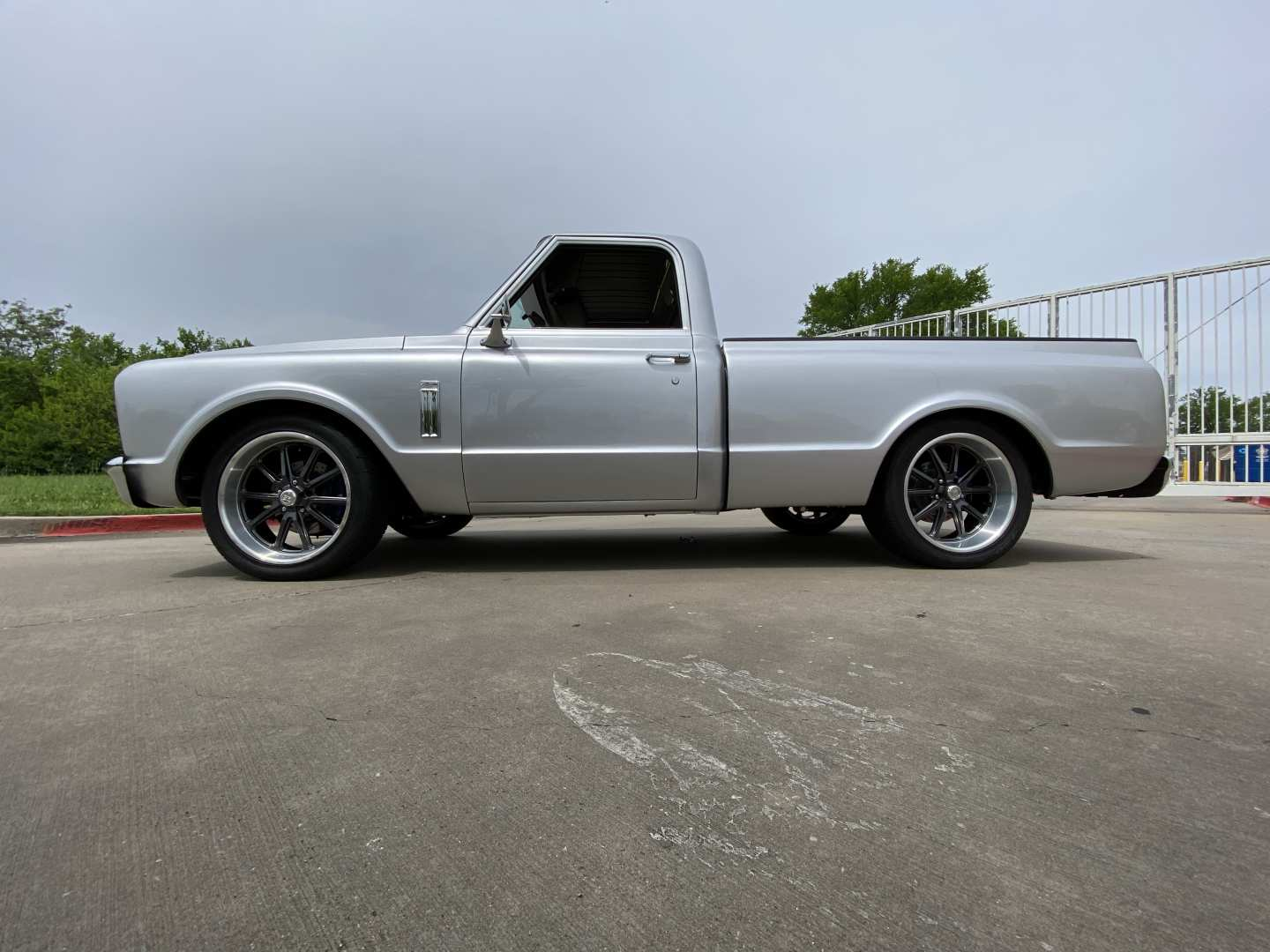 3rd Image of a 1967 GMC C10