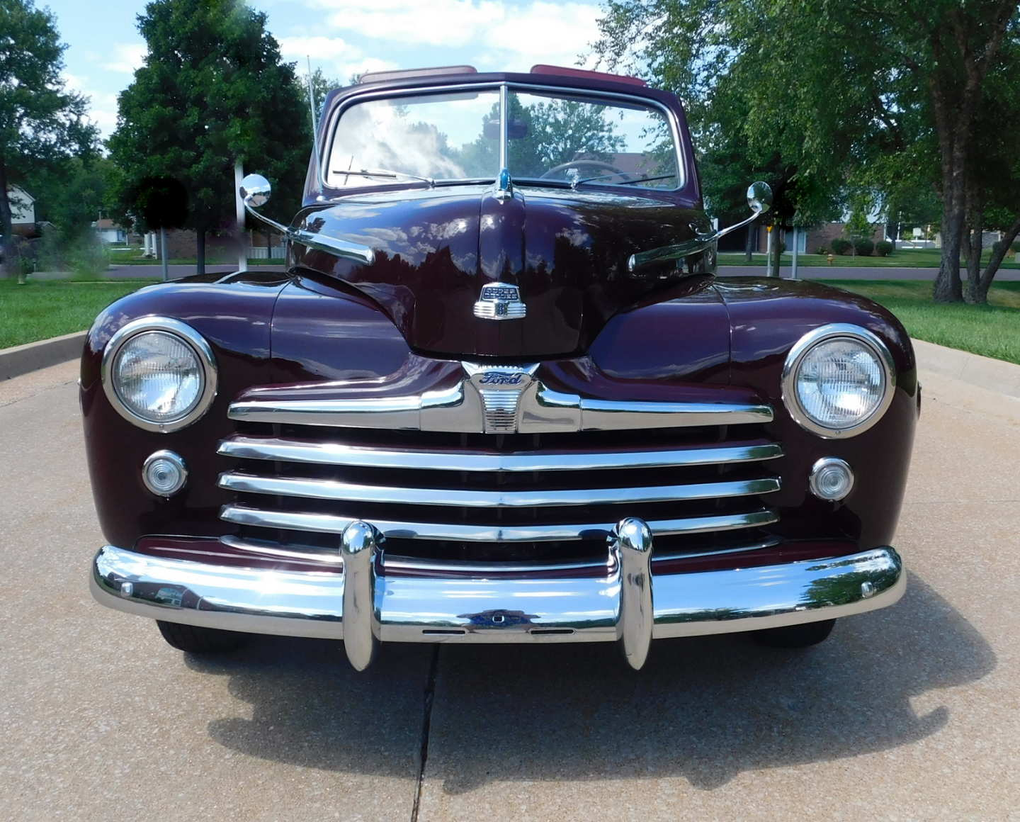 3rd Image of a 1948 FORD SUPER DELUXE
