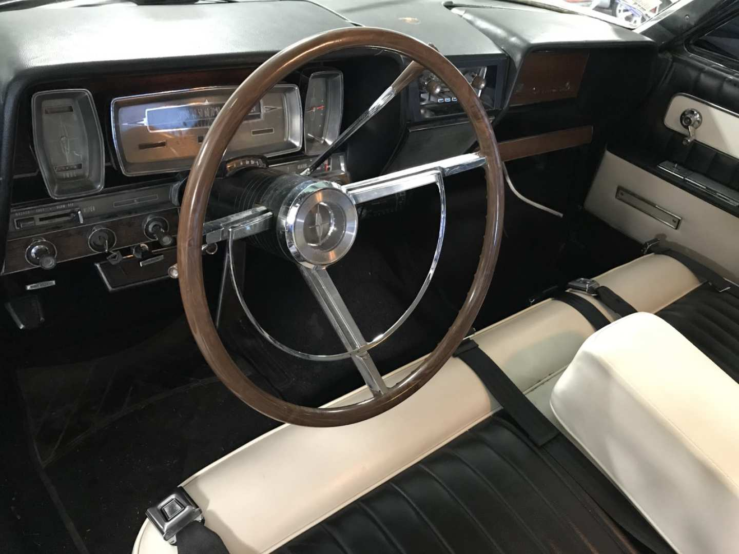 6th Image of a 1961 FORD LINCOLN