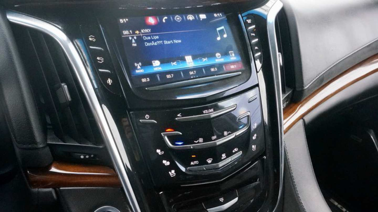 6th Image of a 2016 CADILLAC ESCALADE ESV LUXURY