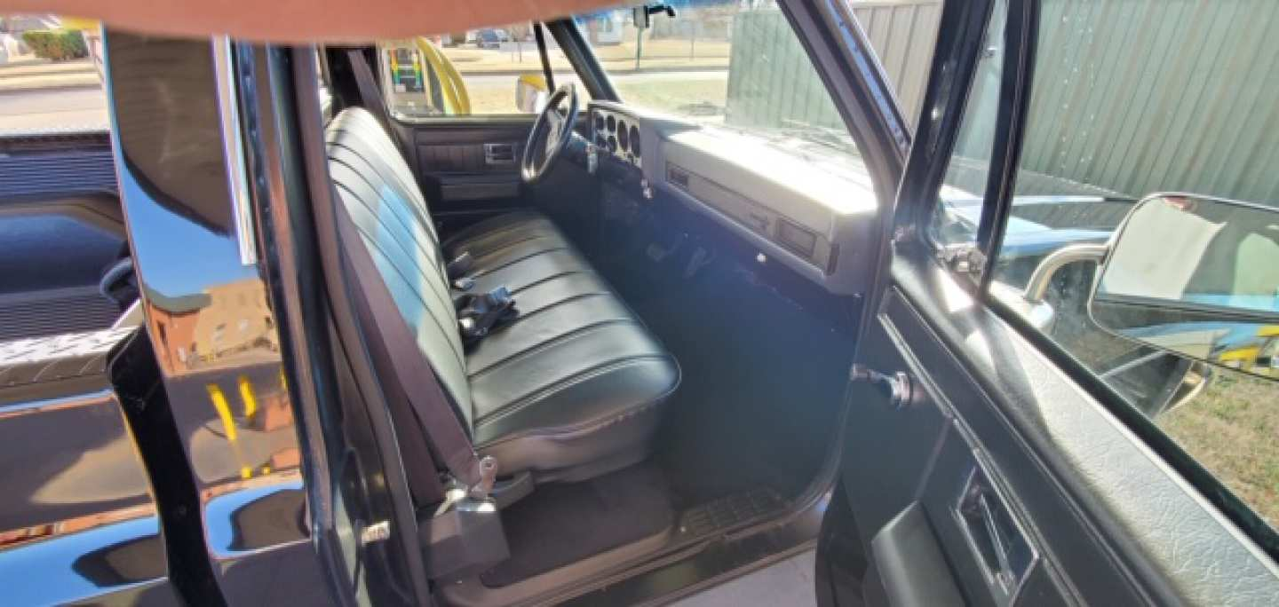 6th Image of a 1984 CHEVROLET C10