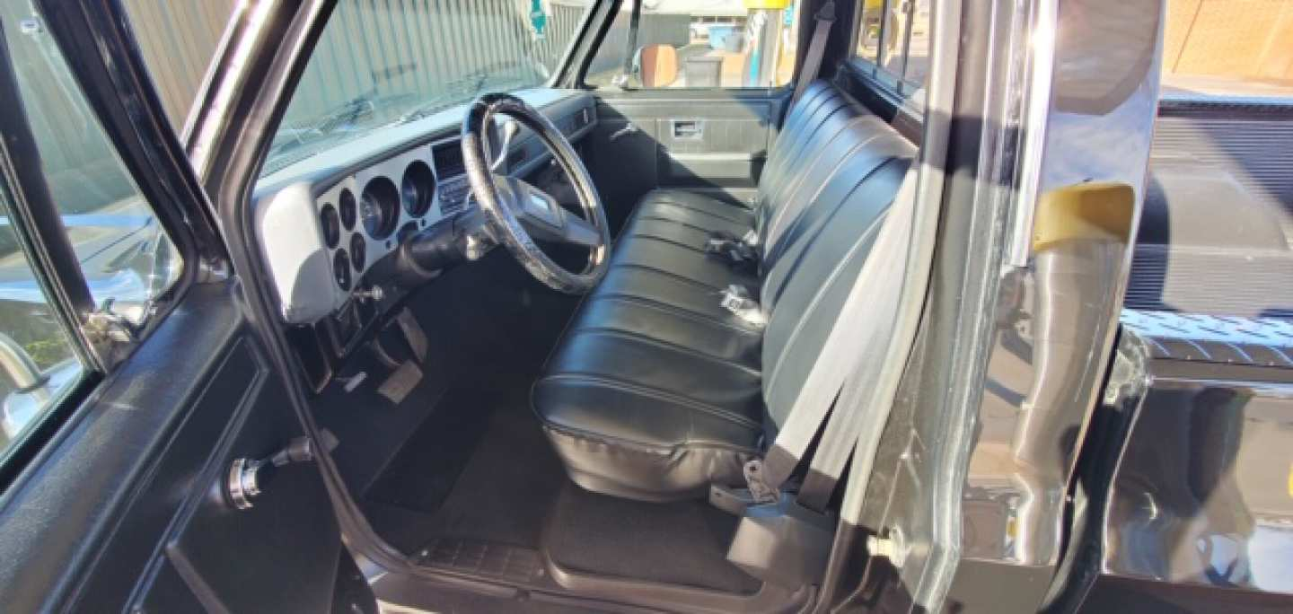 5th Image of a 1984 CHEVROLET C10