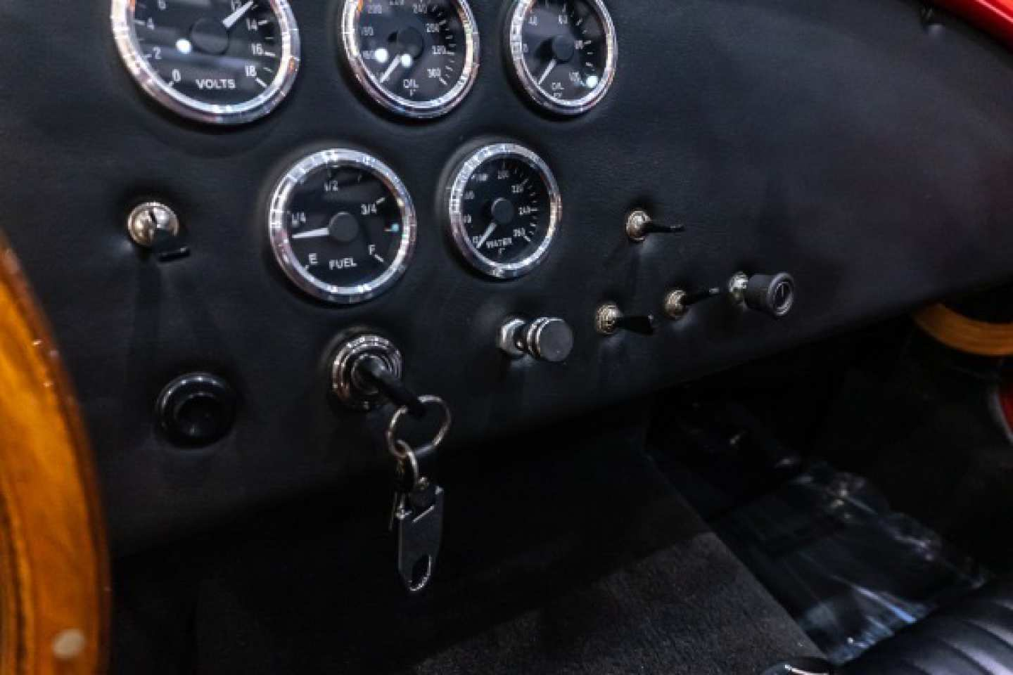 22nd Image of a 1965 FACTORY FIVE RACING SHELBY COBRA MKIV