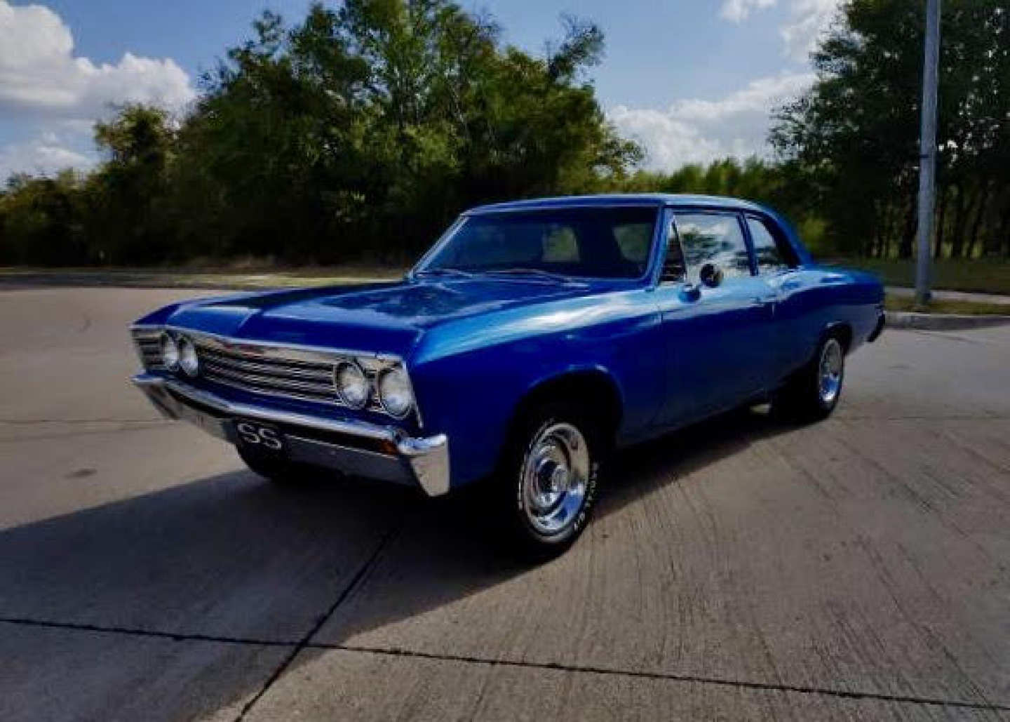 3rd Image of a 1967 CHEVROLET CHEVELLE