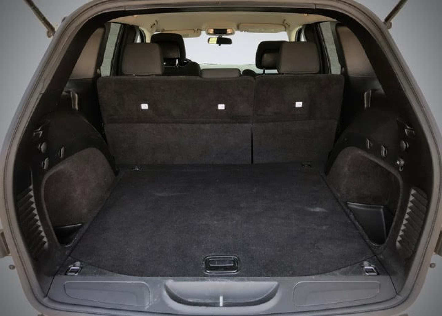 4th Image of a 2012 JEEP GRAND CHEROKEE