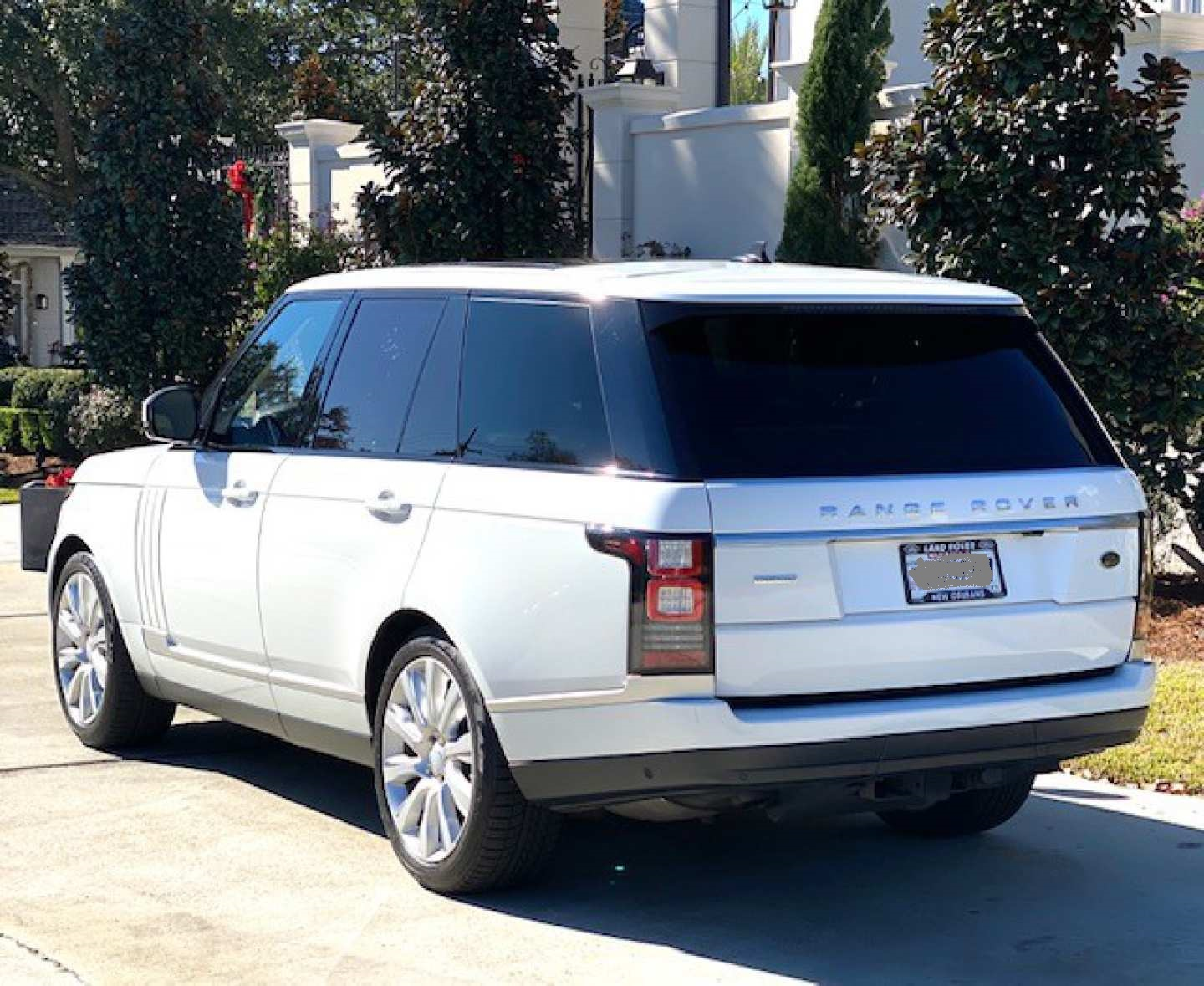 32nd Image of a 2016 LAND ROVER RANGE ROVER SUPERCHARGED