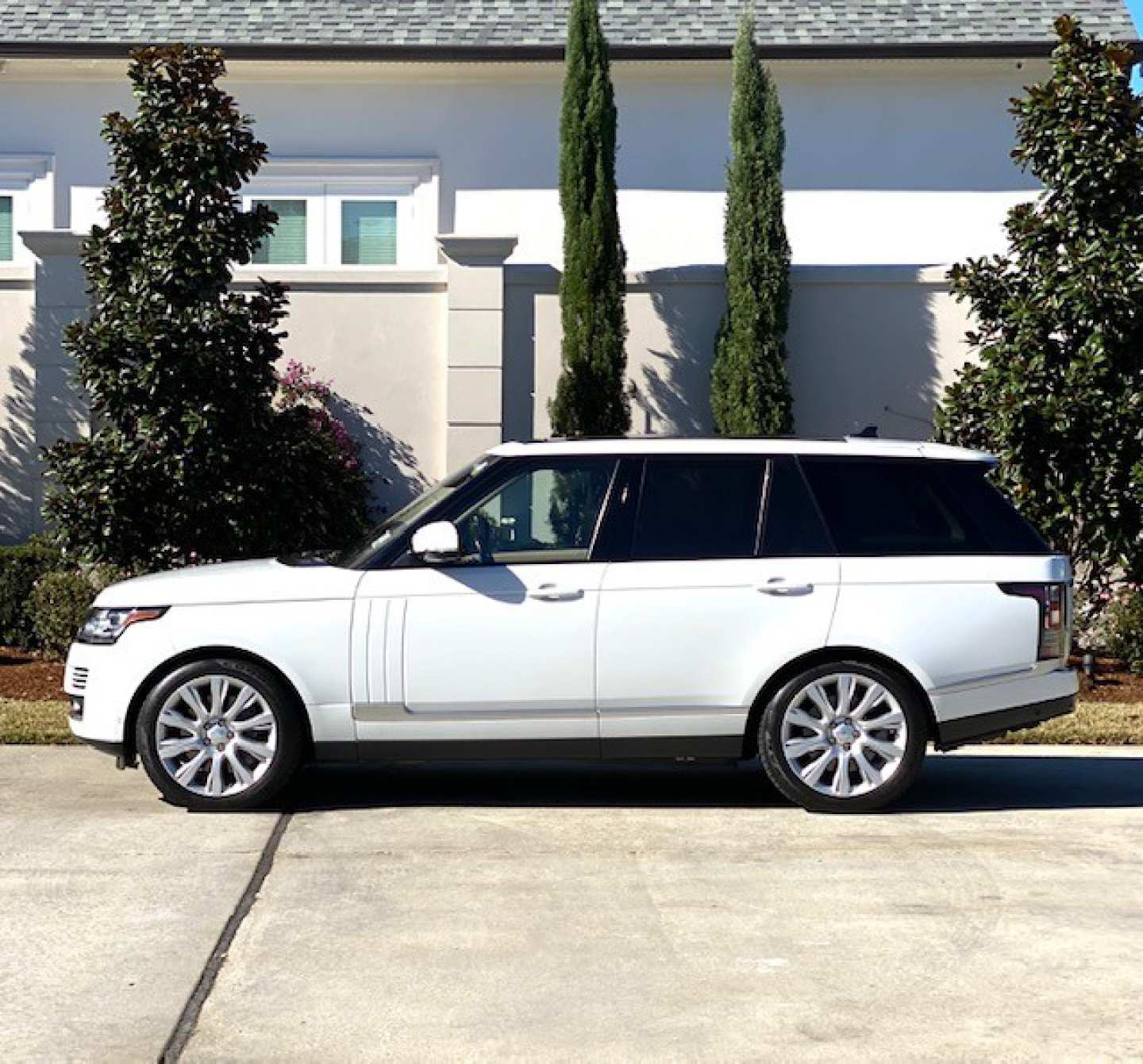 10th Image of a 2016 LAND ROVER RANGE ROVER SUPERCHARGED