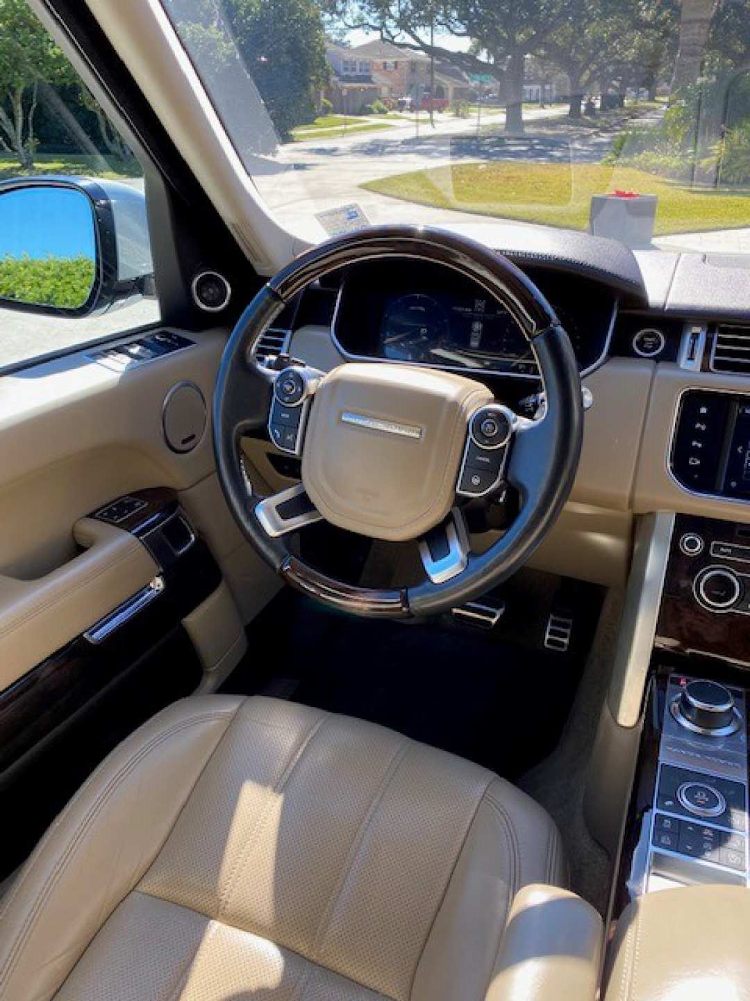 2nd Image of a 2016 LAND ROVER RANGE ROVER SUPERCHARGED