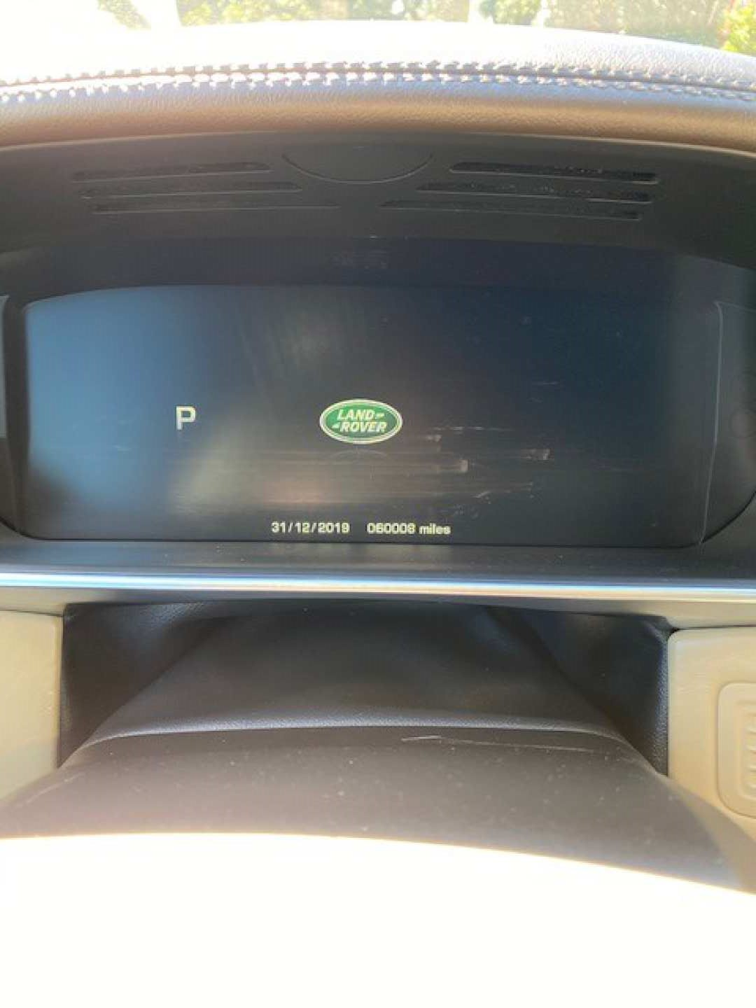 17th Image of a 2016 LAND ROVER RANGE ROVER SUPERCHARGED