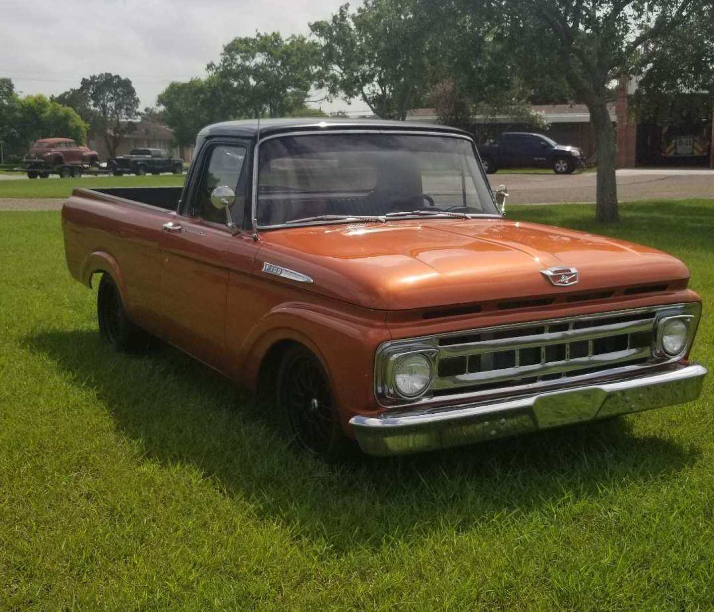 2nd Image of a 1961 FORD F100