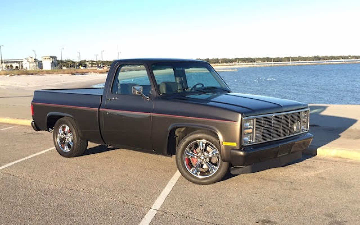 1st Image of a 1984 CHEVROLET C10