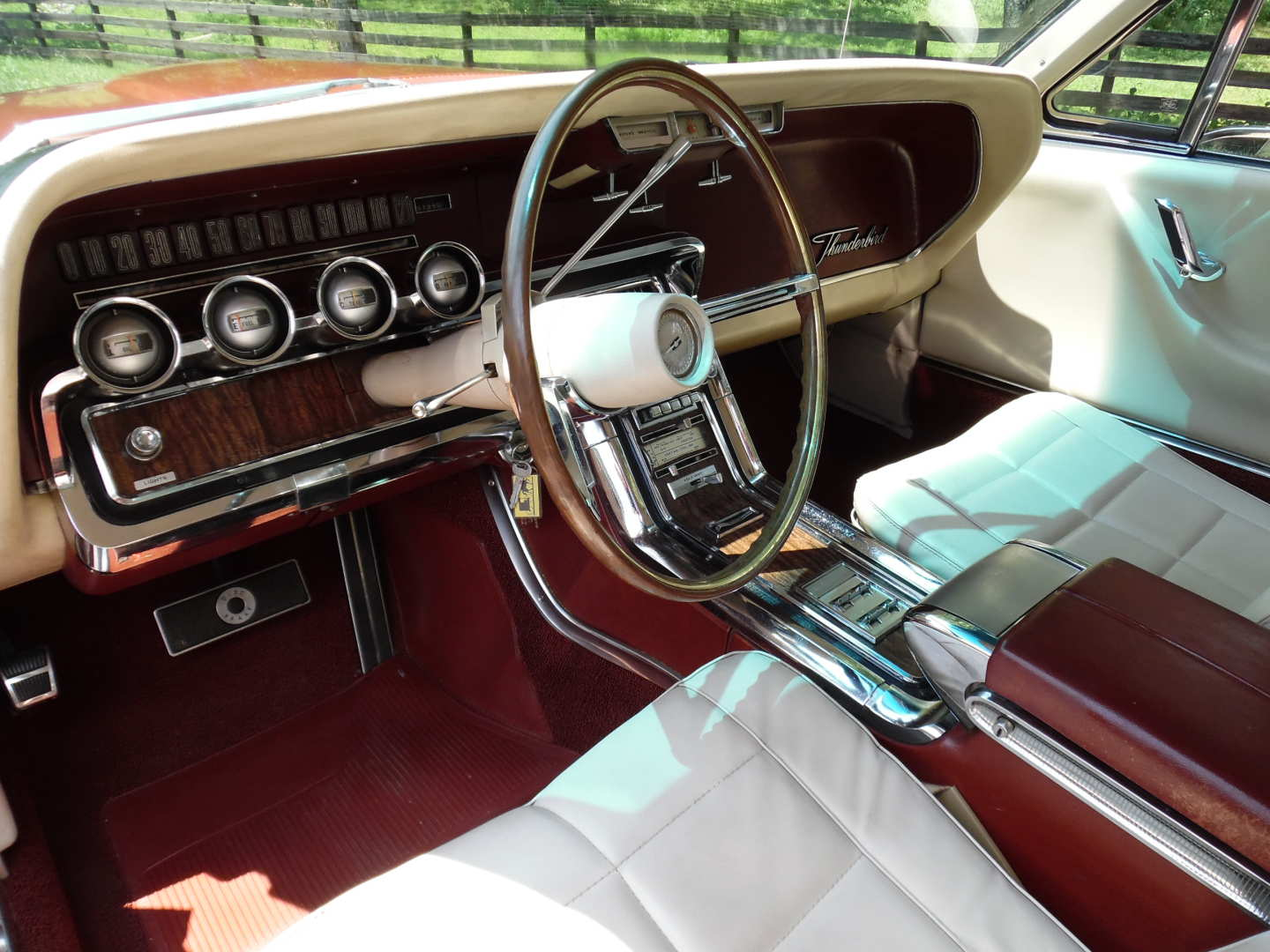 14th Image of a 1966 FORD THUNDERBIRD