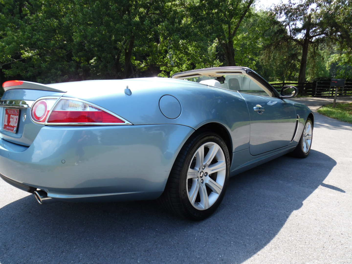 2nd Image of a 2007 JAGUAR XK