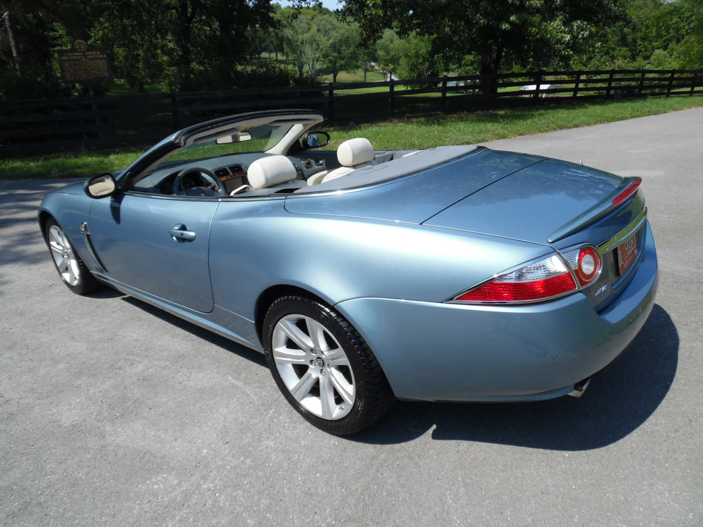 4th Image of a 2007 JAGUAR XK