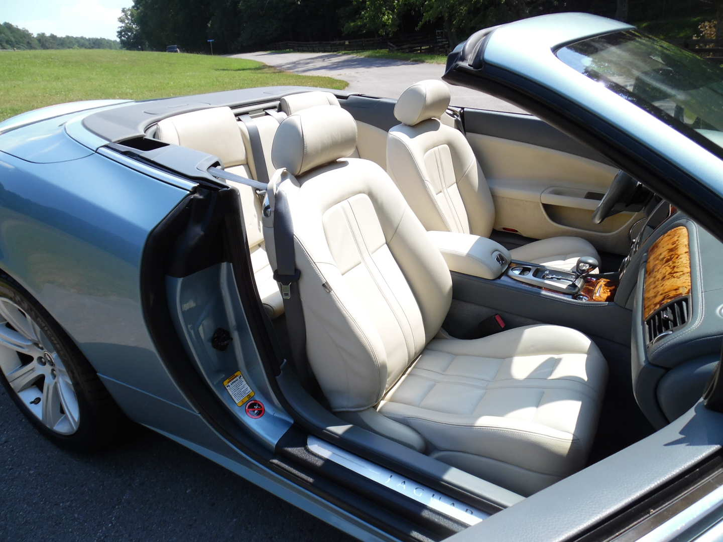 8th Image of a 2007 JAGUAR XK