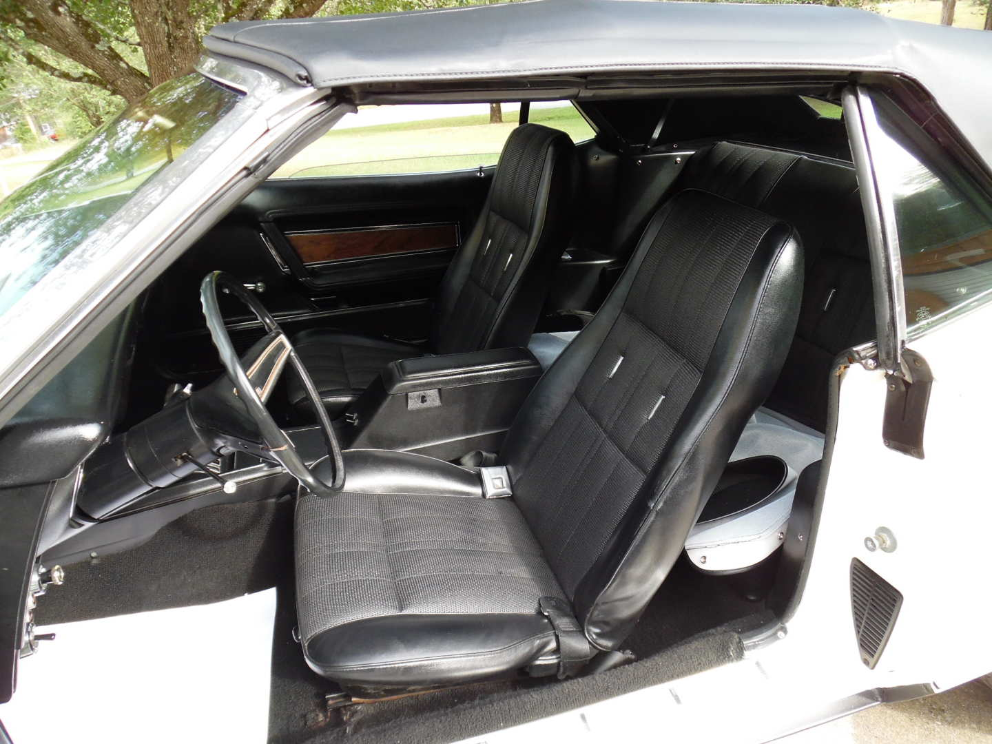 12th Image of a 1972 FORD MUSTANG