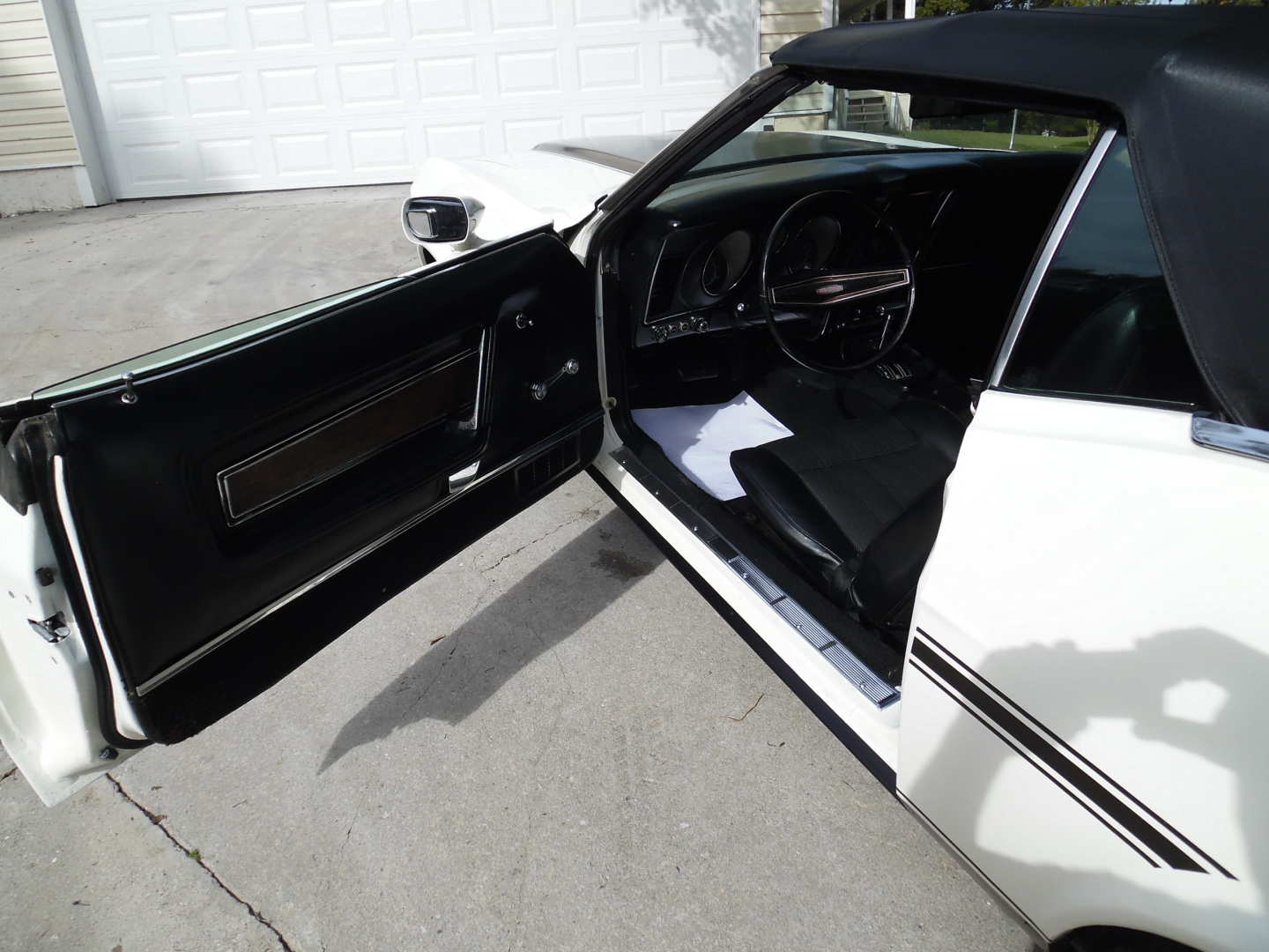 13th Image of a 1972 FORD MUSTANG