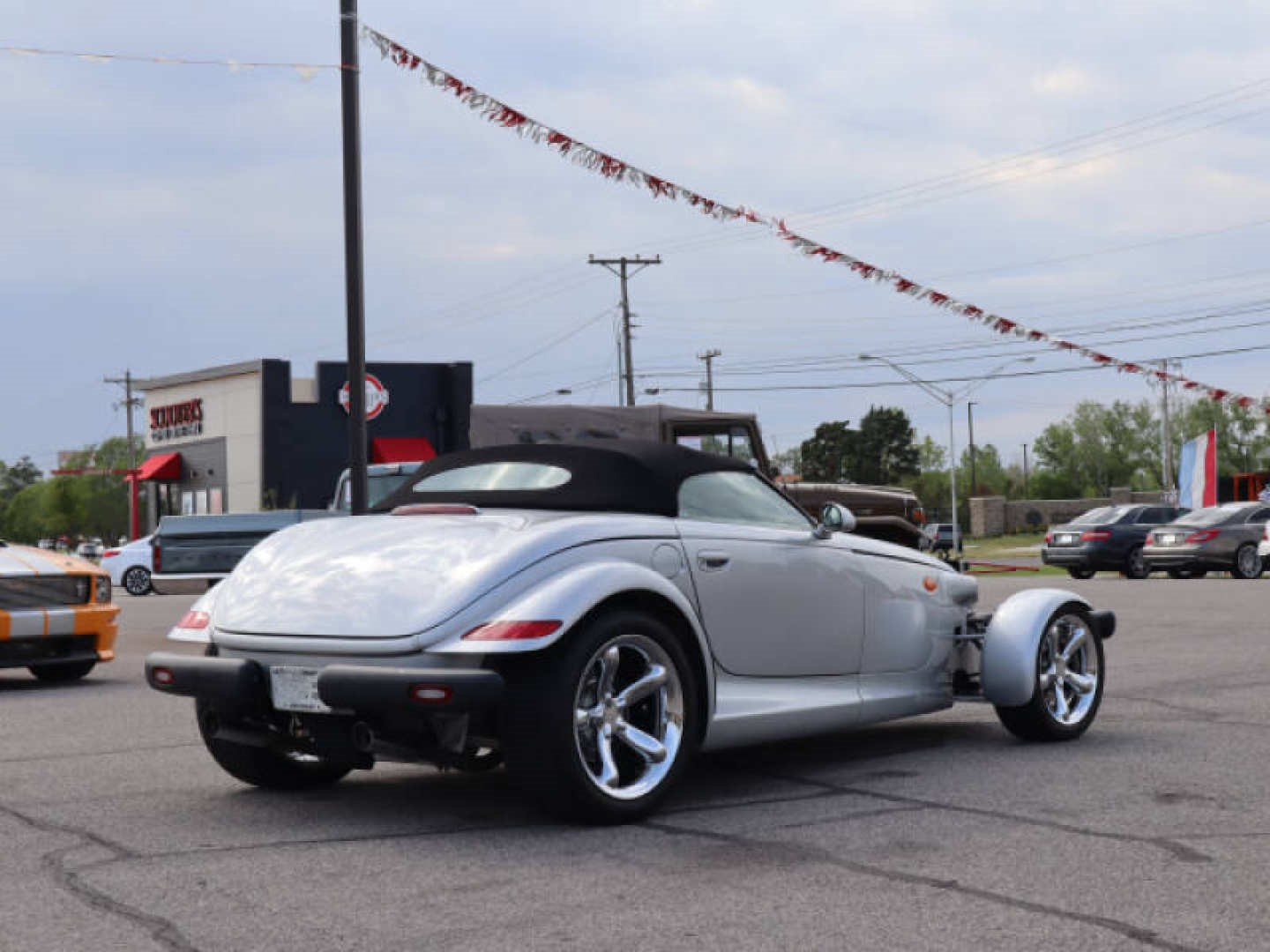 4th Image of a 2000 PLYMOUTH PROWLER