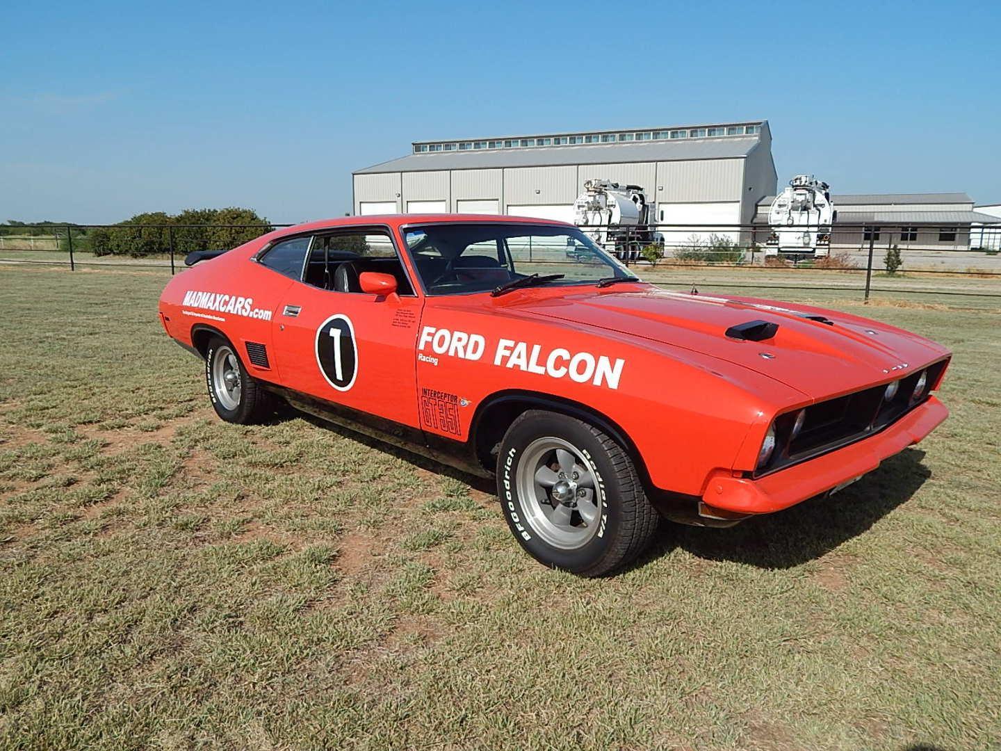 2nd Image of a 1976 FORD FALCON