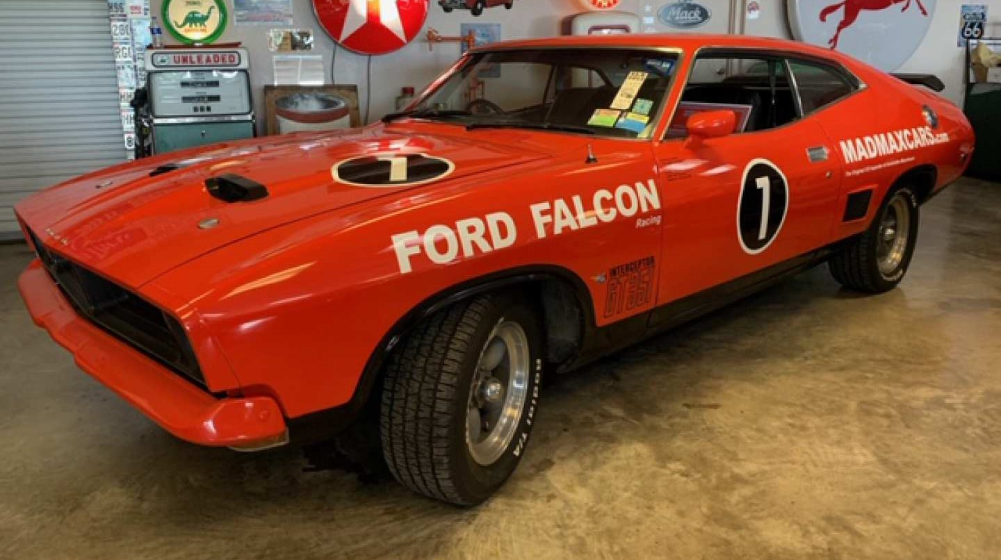 3rd Image of a 1976 FORD FALCON