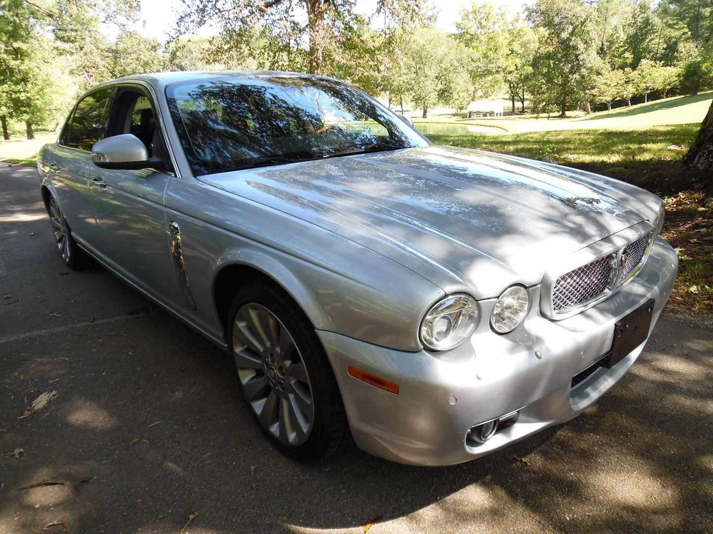 6th Image of a 2008 JAGUAR XJ8 XJ L