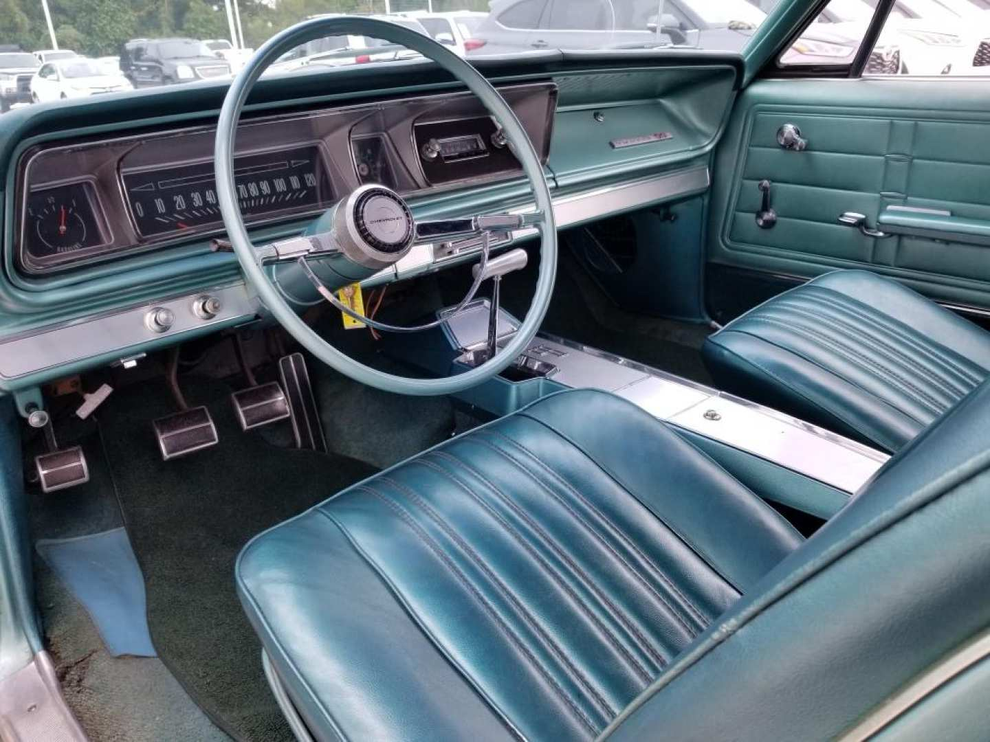 4th Image of a 1966 CHEVROLET IMPALA