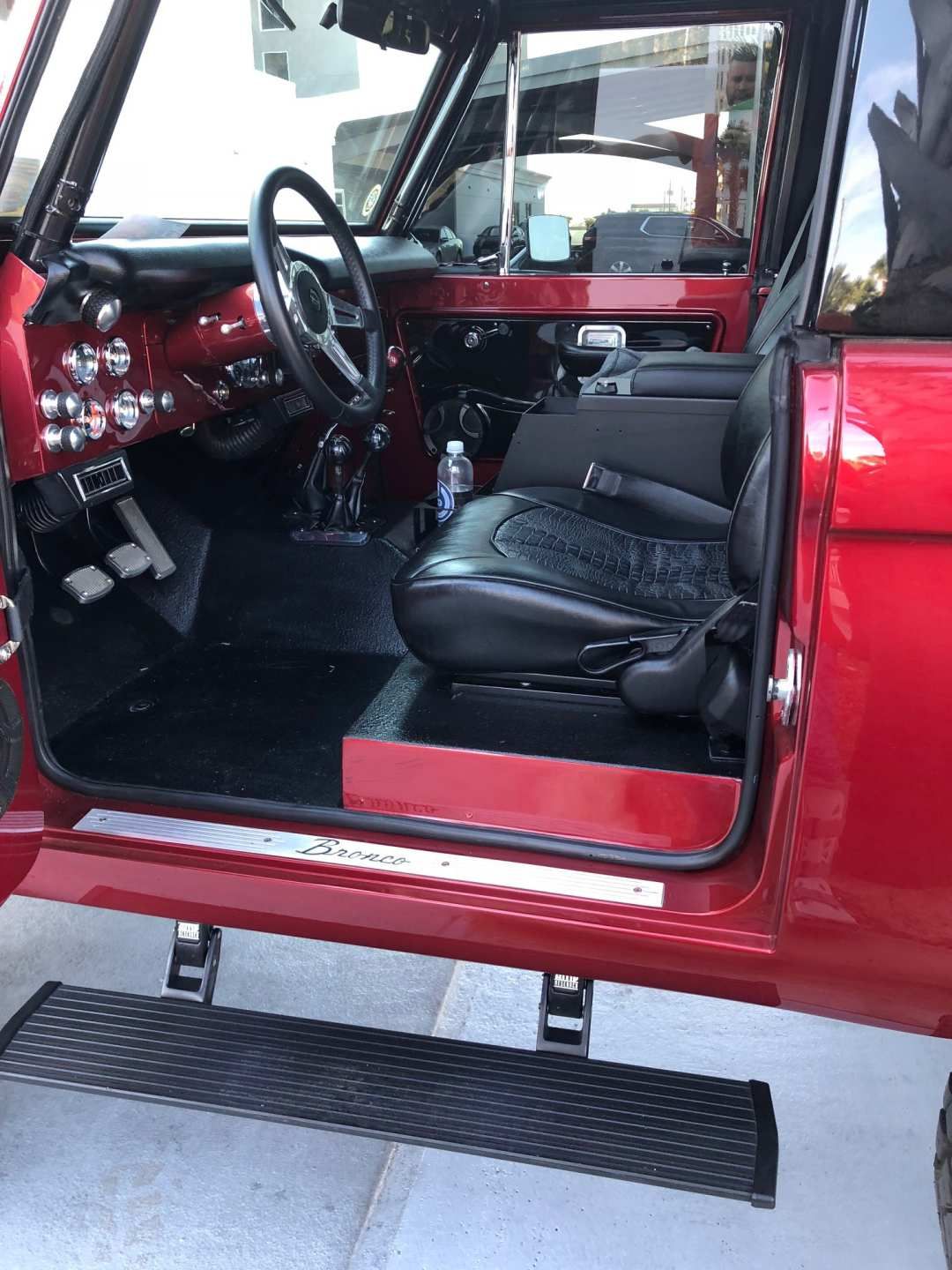 10th Image of a 1974 FORD BRONCO