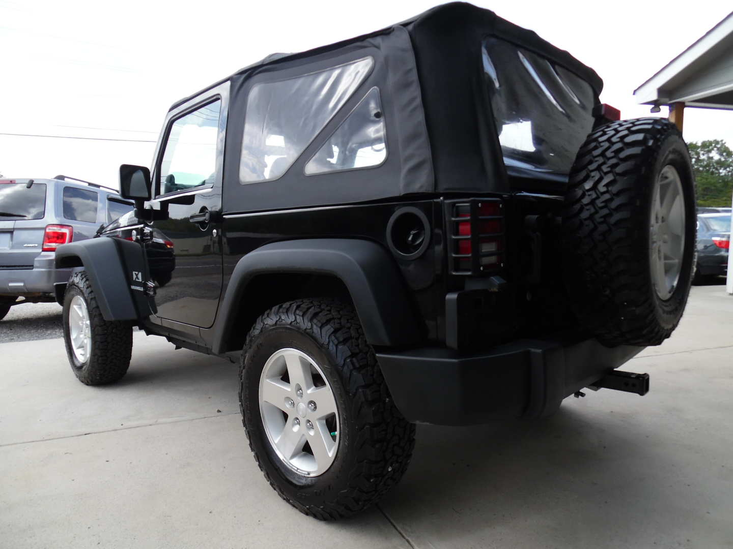 2nd Image of a 2008 JEEP WRANGLER X