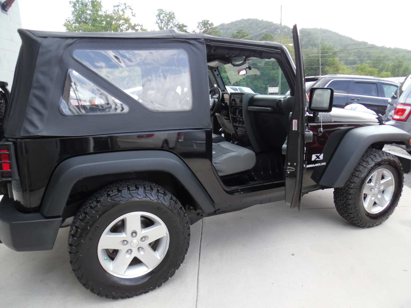 7th Image of a 2008 JEEP WRANGLER X