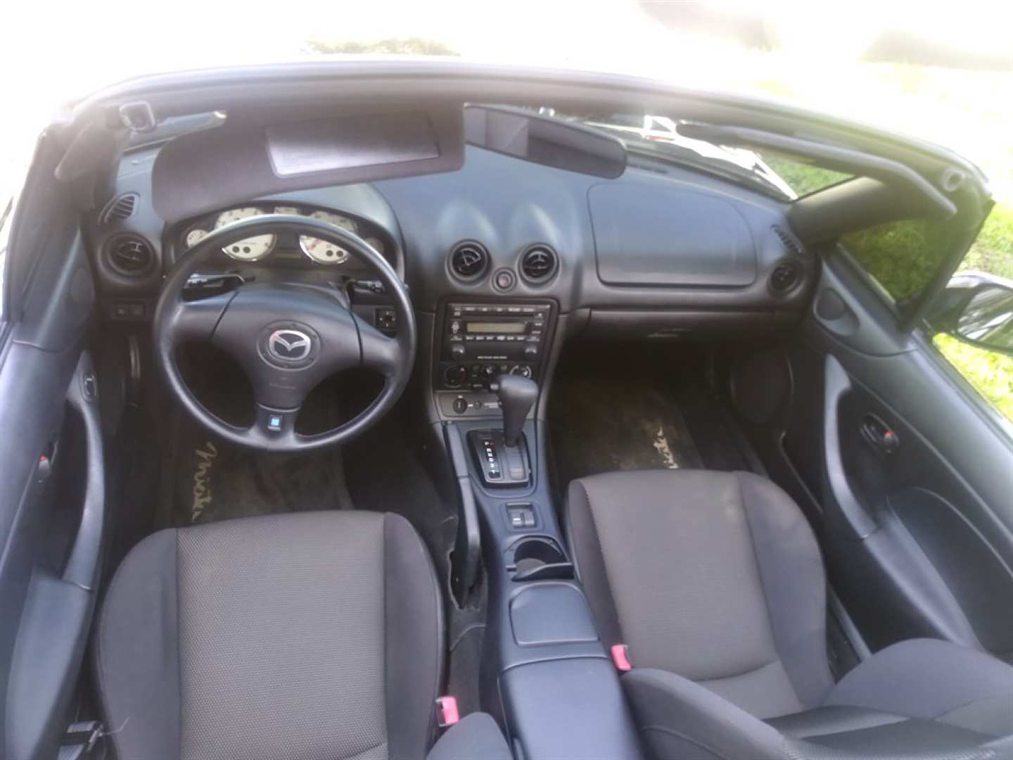12th Image of a 2002 MAZDA MX-5 MIATA
