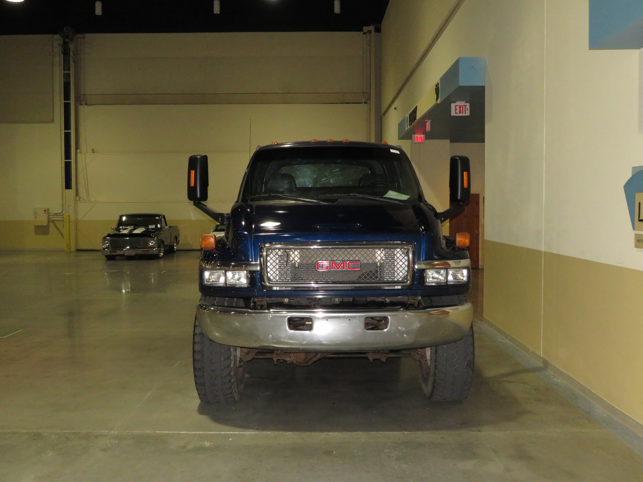 2nd Image of a 2008 GMC C4500 C