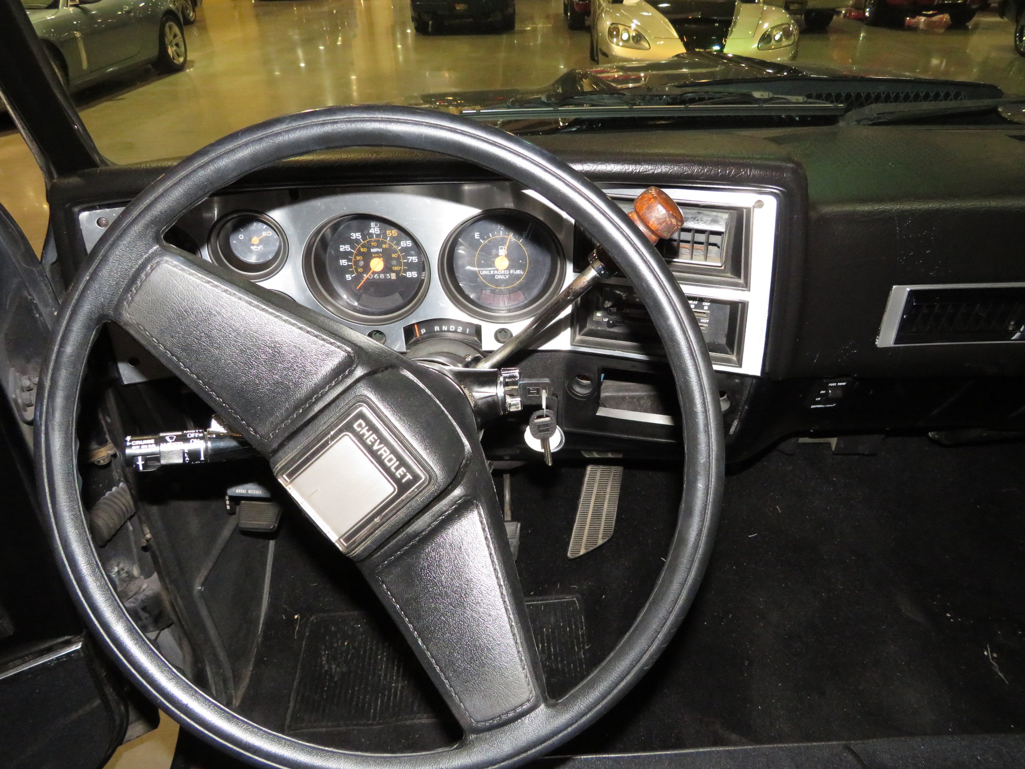 6th Image of a 1985 CHEVROLET C10