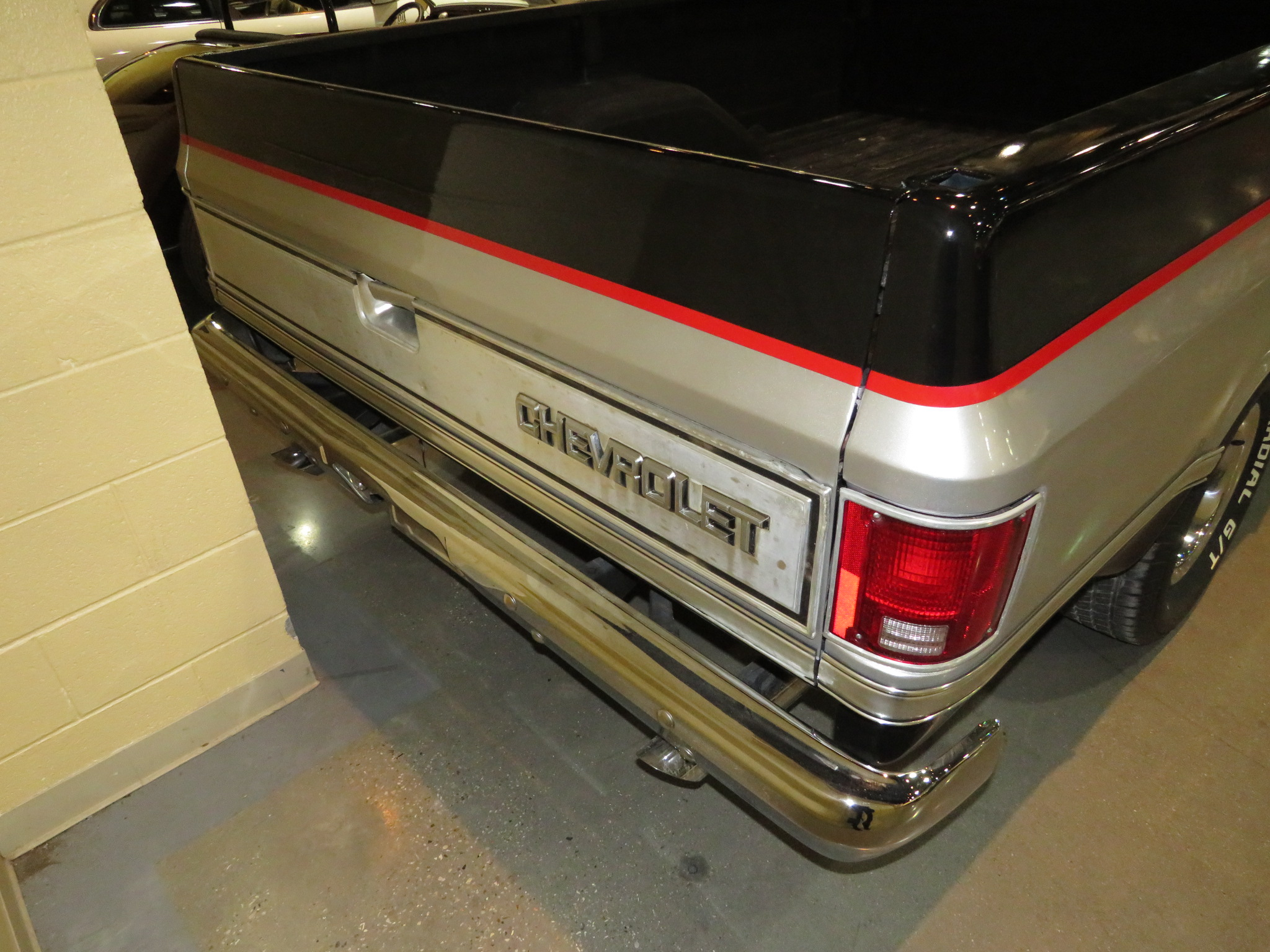 12th Image of a 1985 CHEVROLET C10
