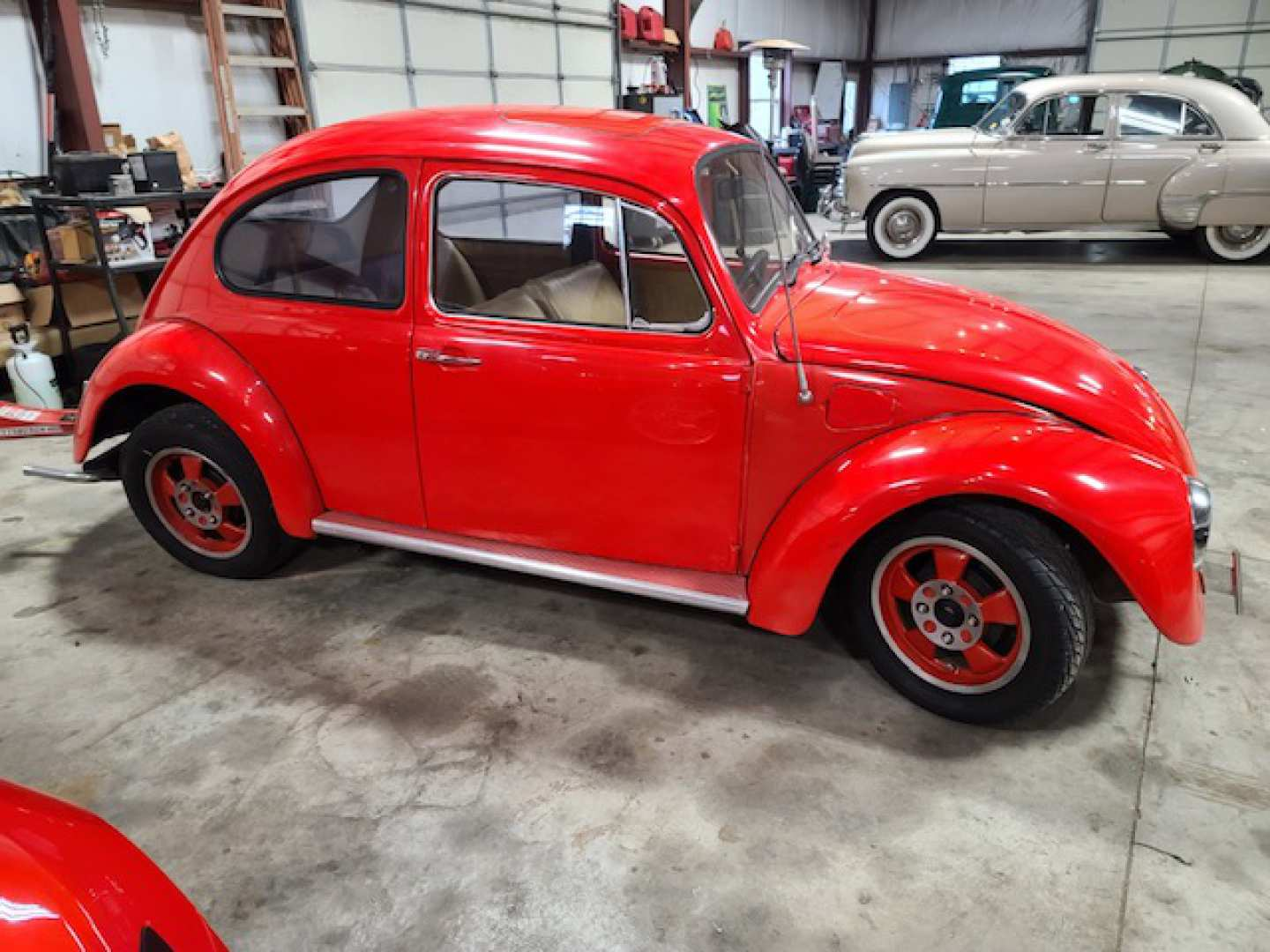 2nd Image of a 1968 VOLKSWAGEN BEETLE