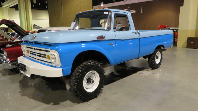 2nd Image of a 1962 FORD F250