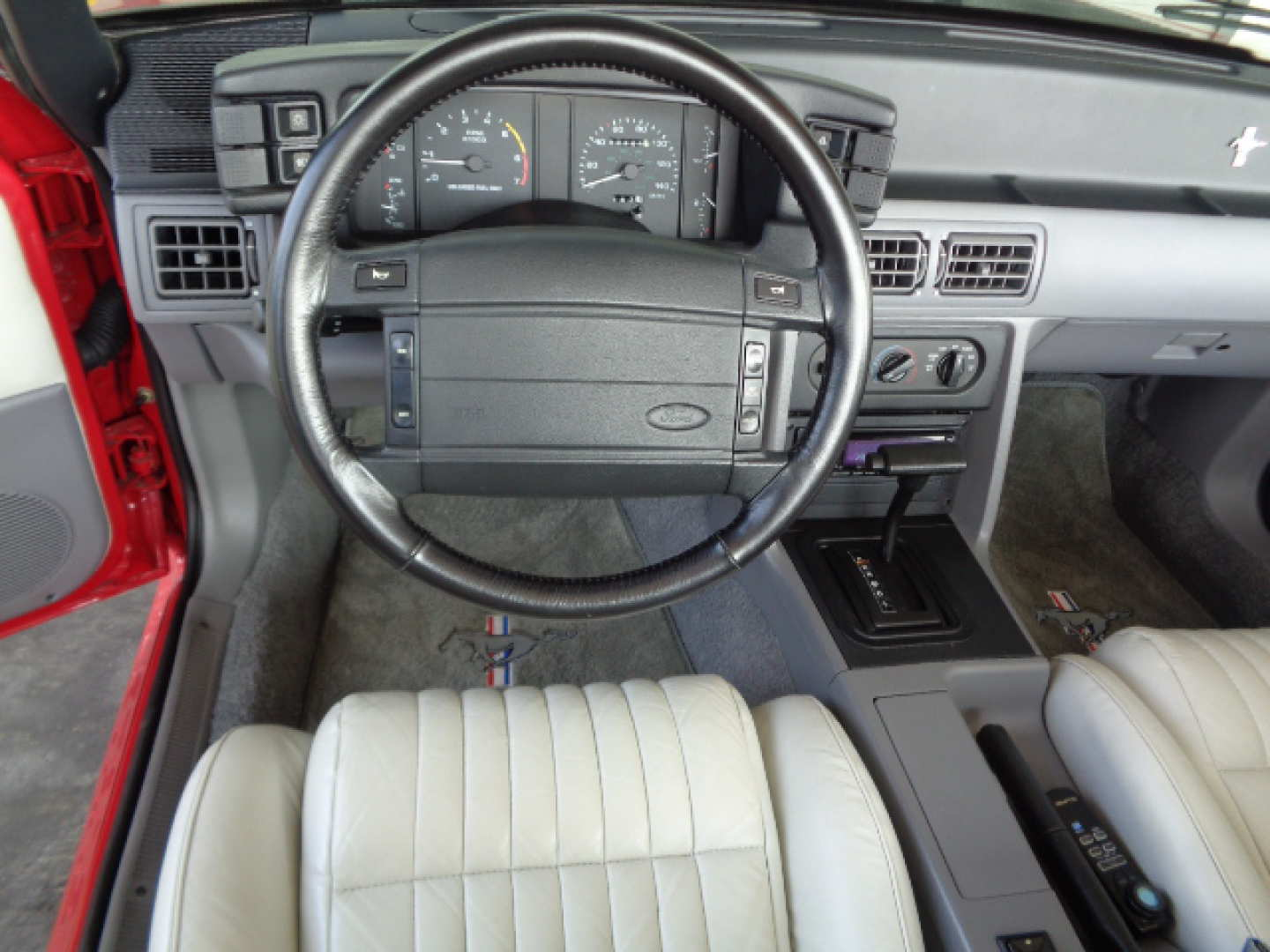 12th Image of a 1993 FORD MUSTANG GT