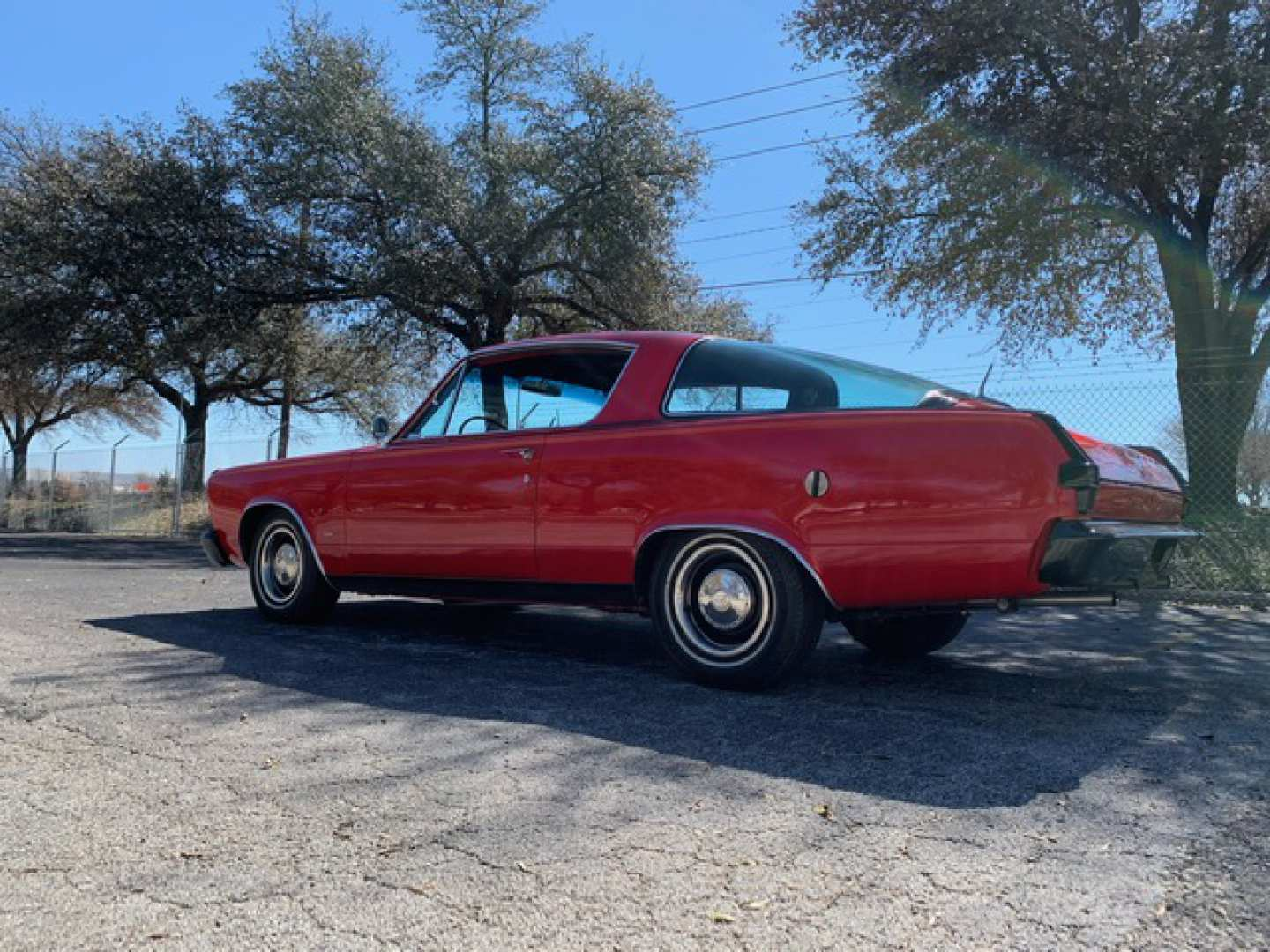 2nd Image of a 1966 PLYMOUTH BARRACUDA