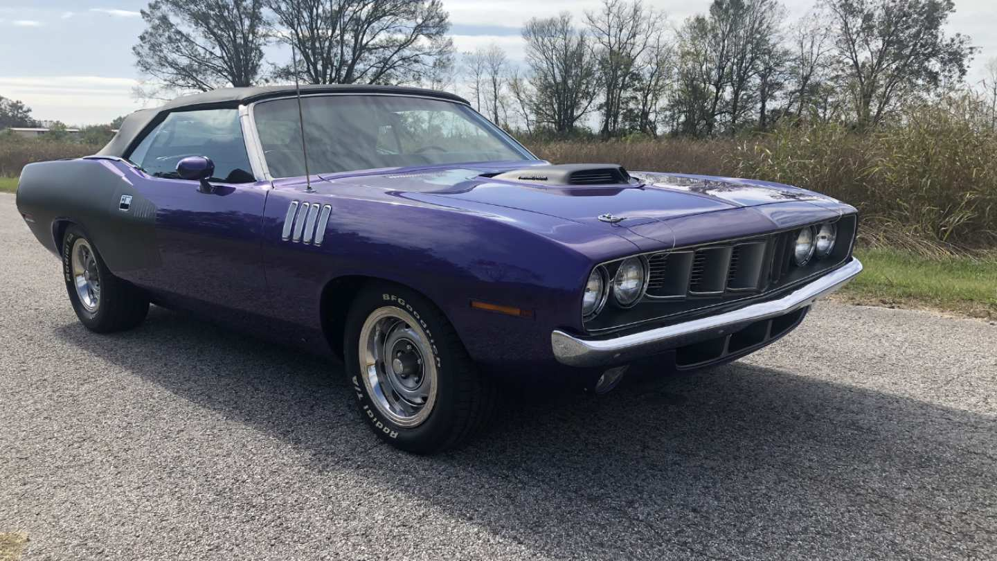 1st Image of a 1971 PLYMOUTH BARRACUDA