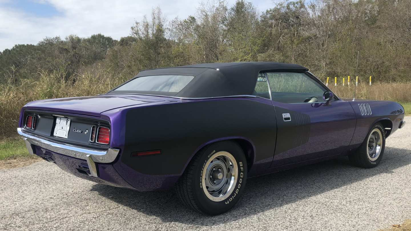 4th Image of a 1971 PLYMOUTH BARRACUDA